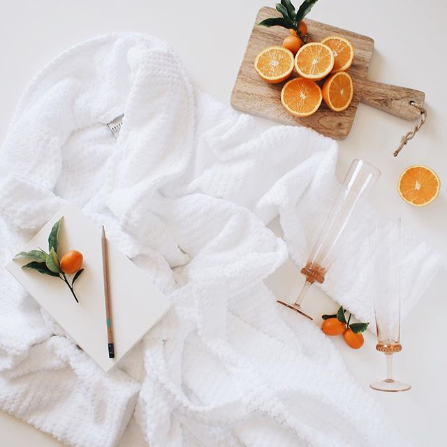 Pottery barn robe for a Sunday at home | A Fabulous Fete