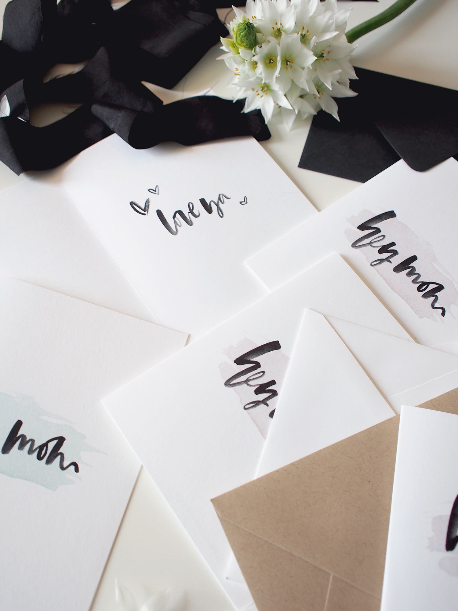 Free printable hand lettered Mother's Day cards | A Fabulous Fete