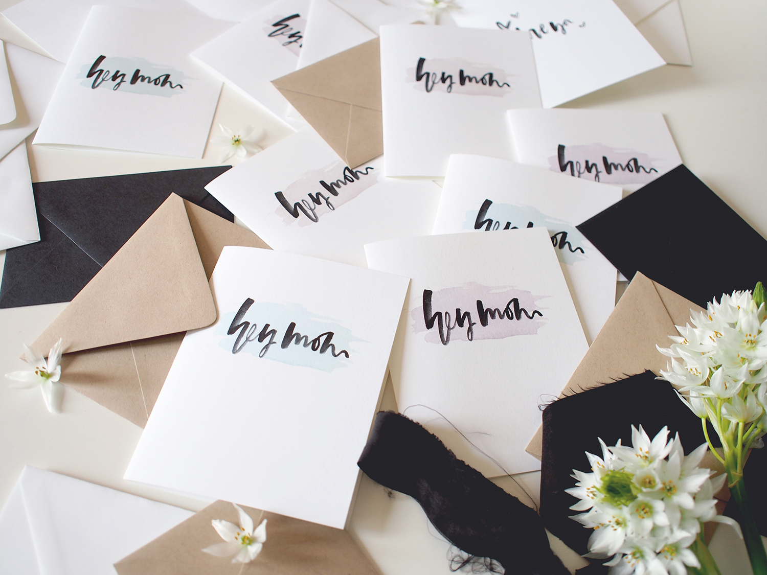 Watercolor hand lettering on free printable cards for Mom! | A Fabulous Fete