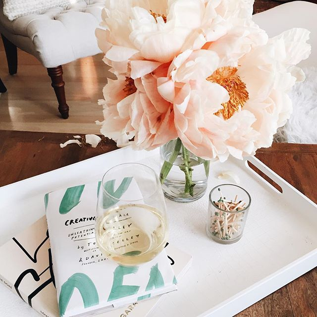 Coffee table styling | A Fabulous Fete