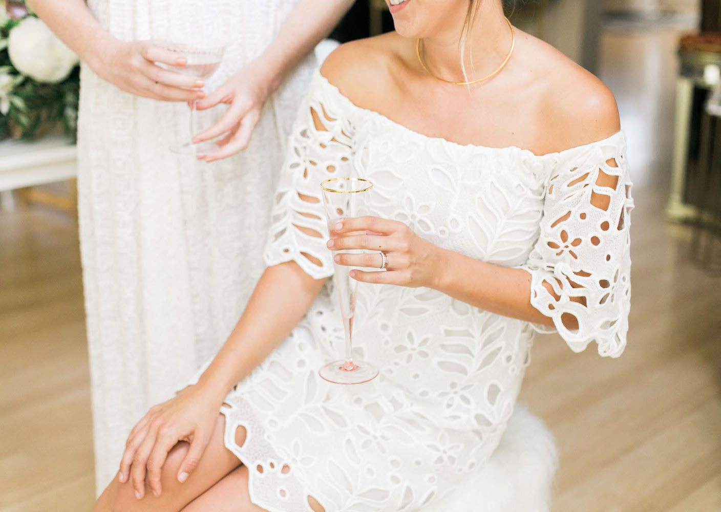 Easy white dresses that can be dressed up for your wedding, or down for your honeymoon | A Fabulous Fete
