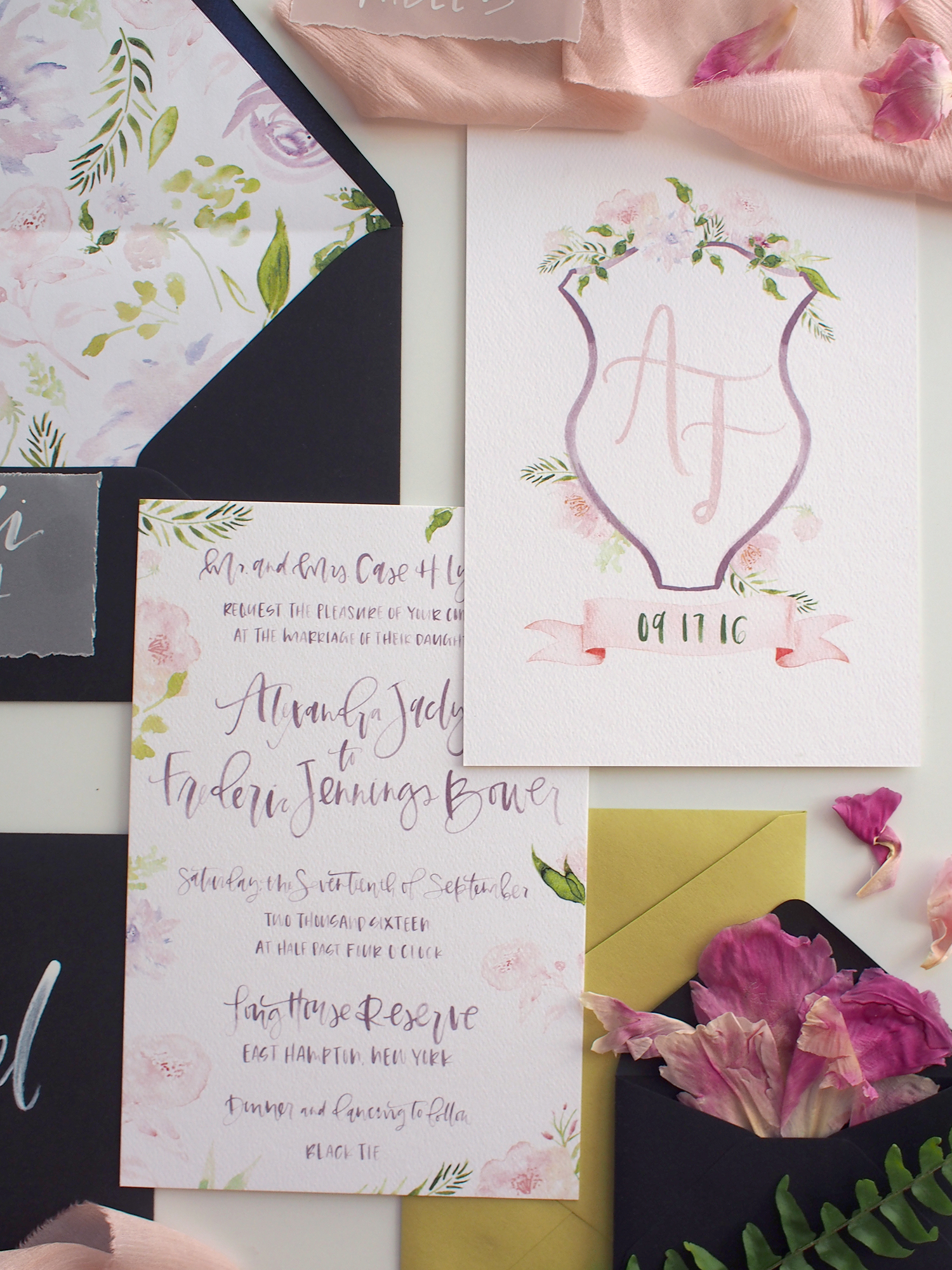hand drawn wedding watercolor crest | A Fabulous Fete