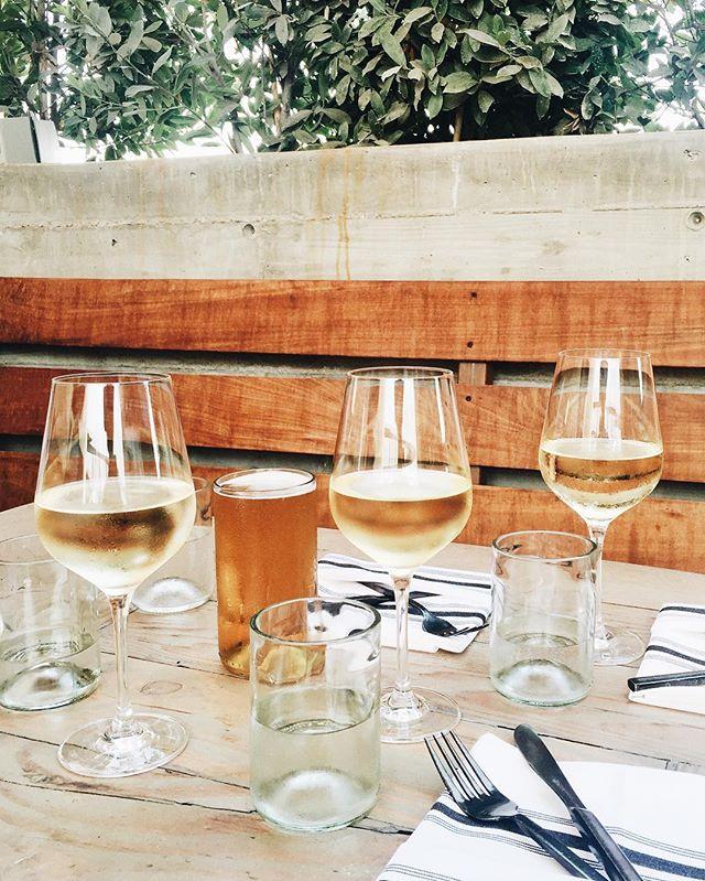girls-day-lunch-wine.jpg