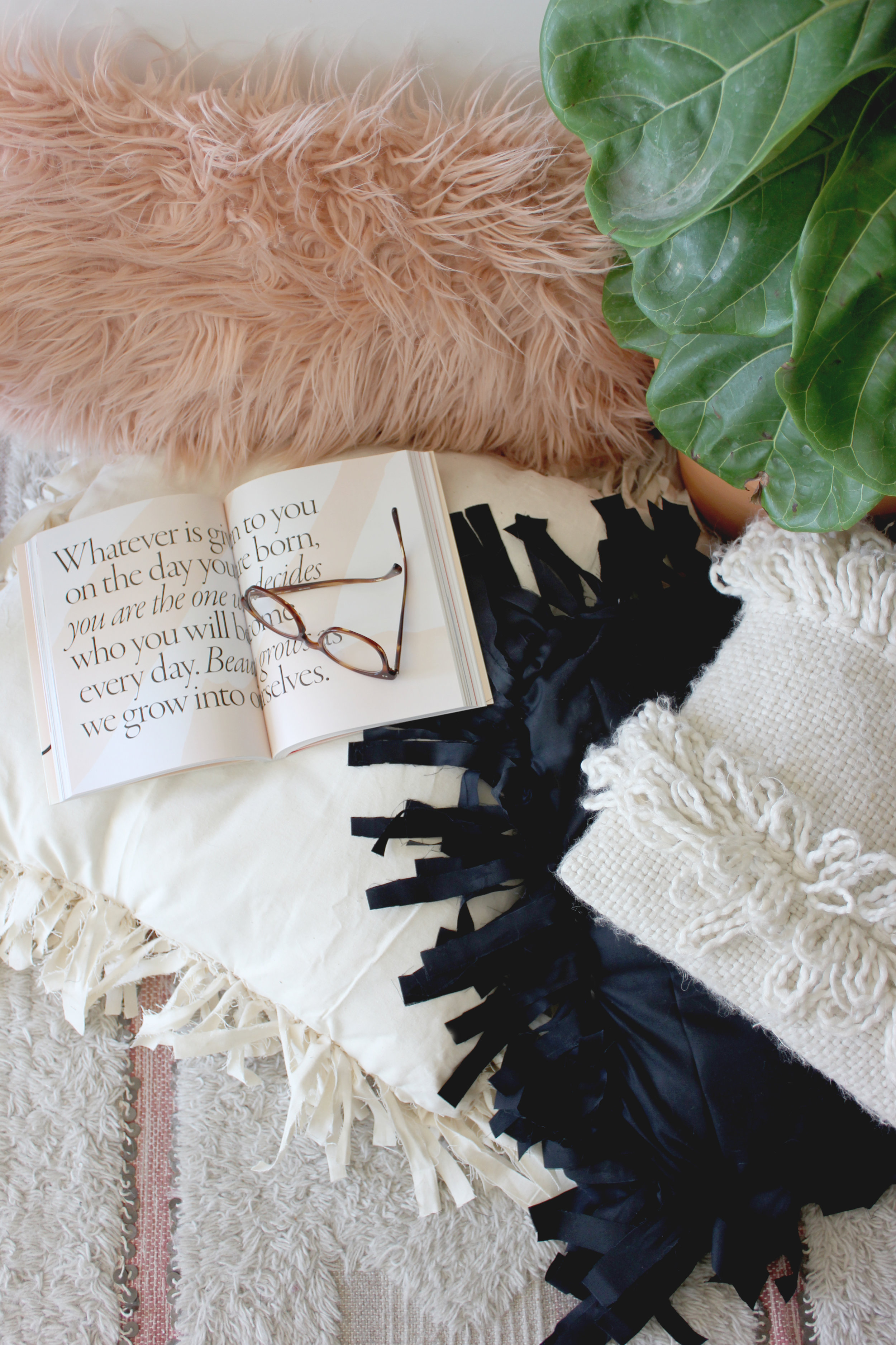 How to make floor pillows for your fall get togethers | A Fabulous Fete