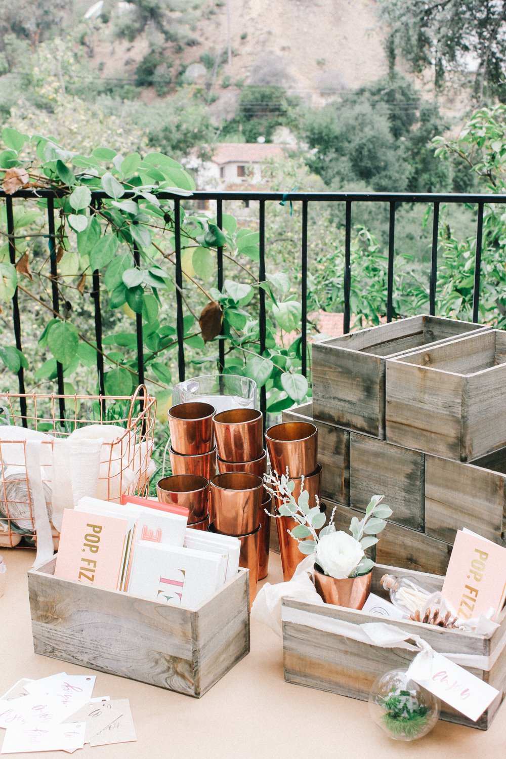How to build the perfect hostess gift box | A Fabulous Fete
