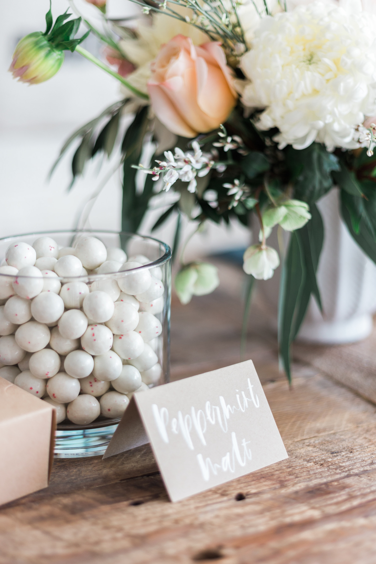 Candy and flower party decor | A Fabulous Fete