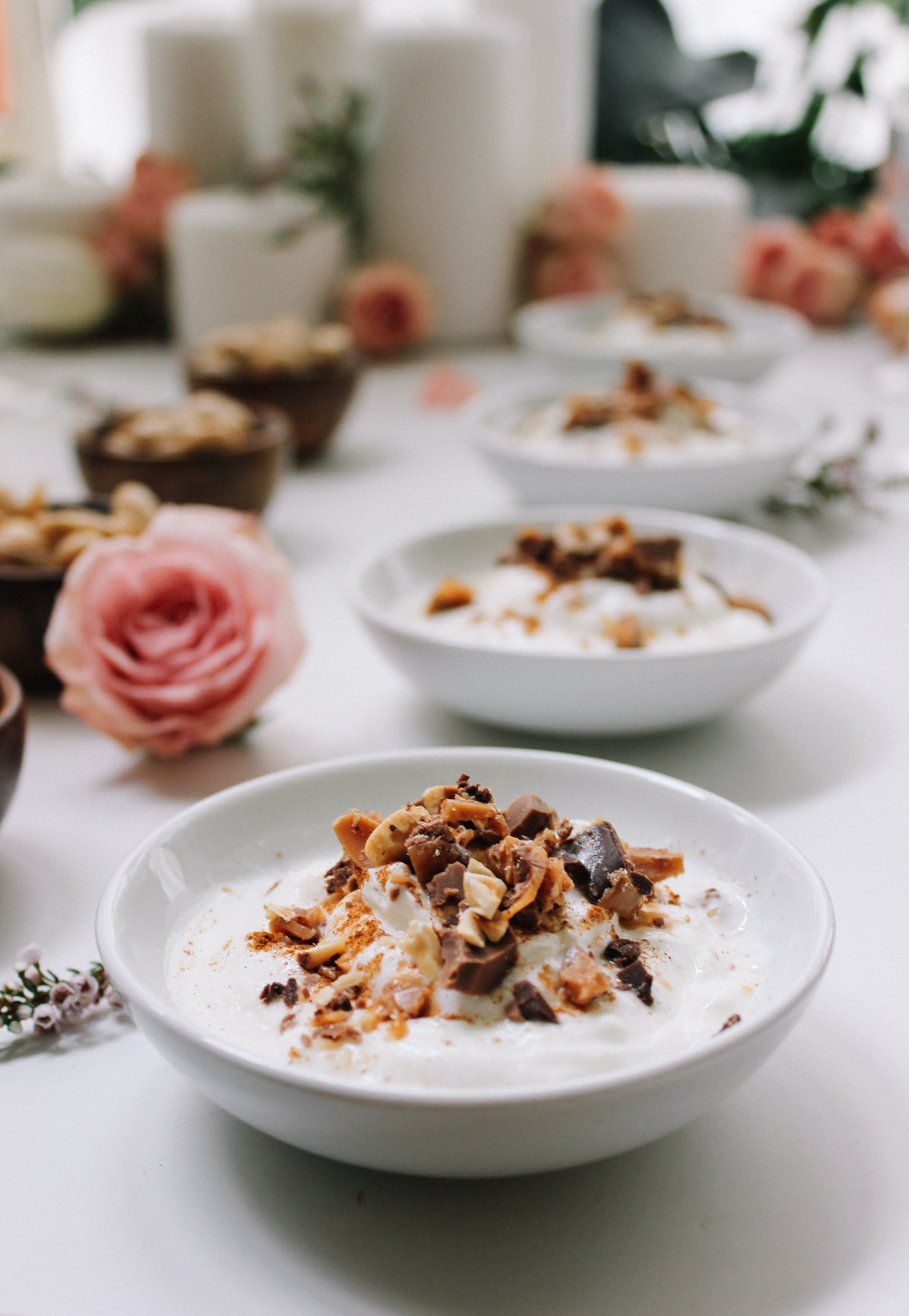 Greek yogurt with your fave crushed candy is such an easy dessert when entertaining | A Fabulous Fete