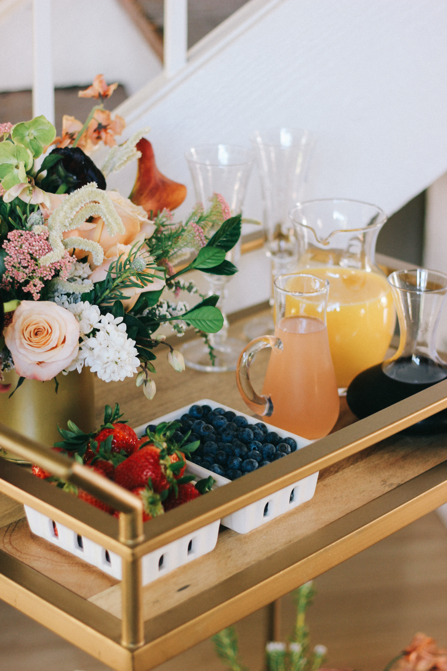 Mimosa bar for an Easter or Spring brunch | A Fabulous Fete