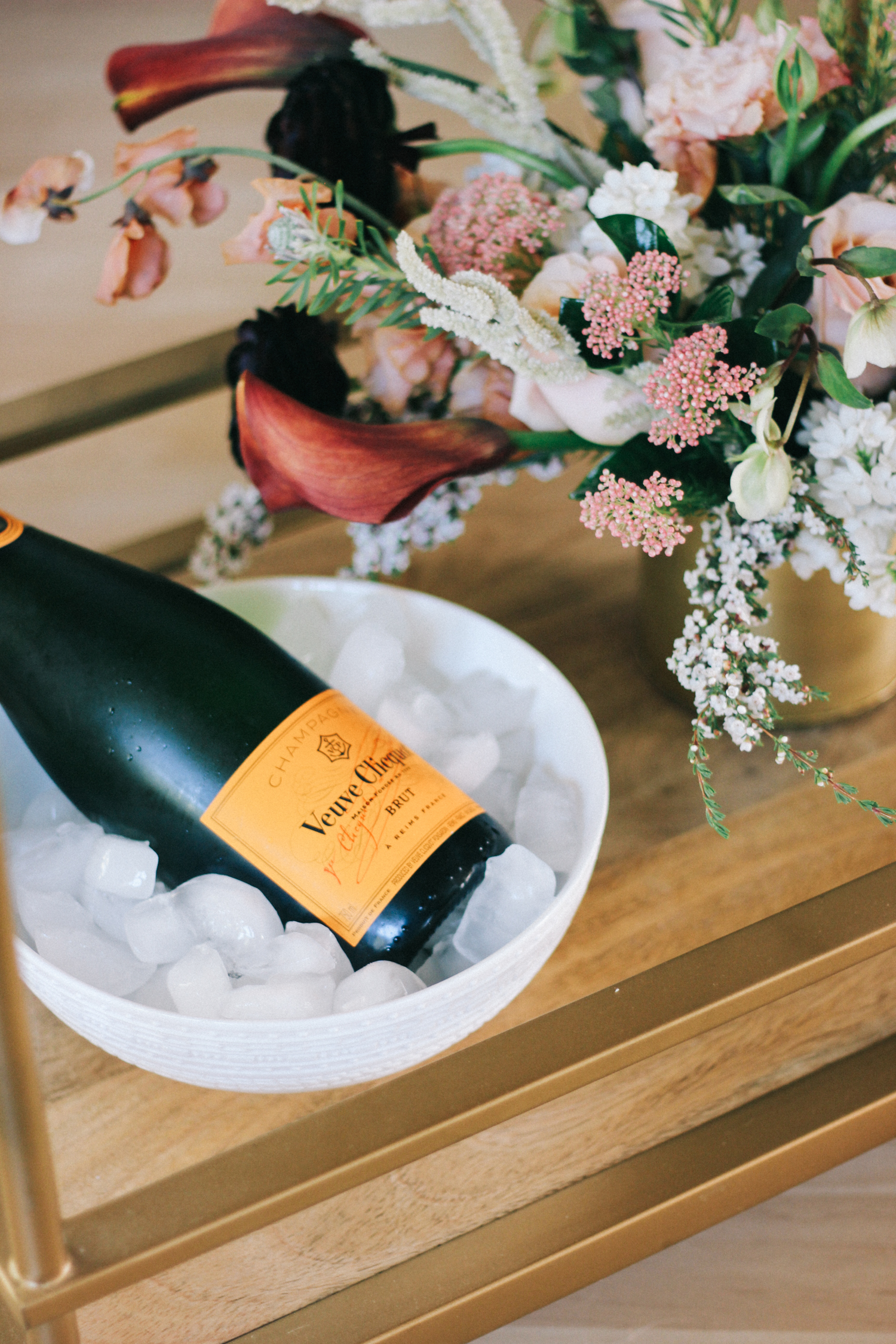 Champagne on ice for a spring brunch | A Fabulous Fete
