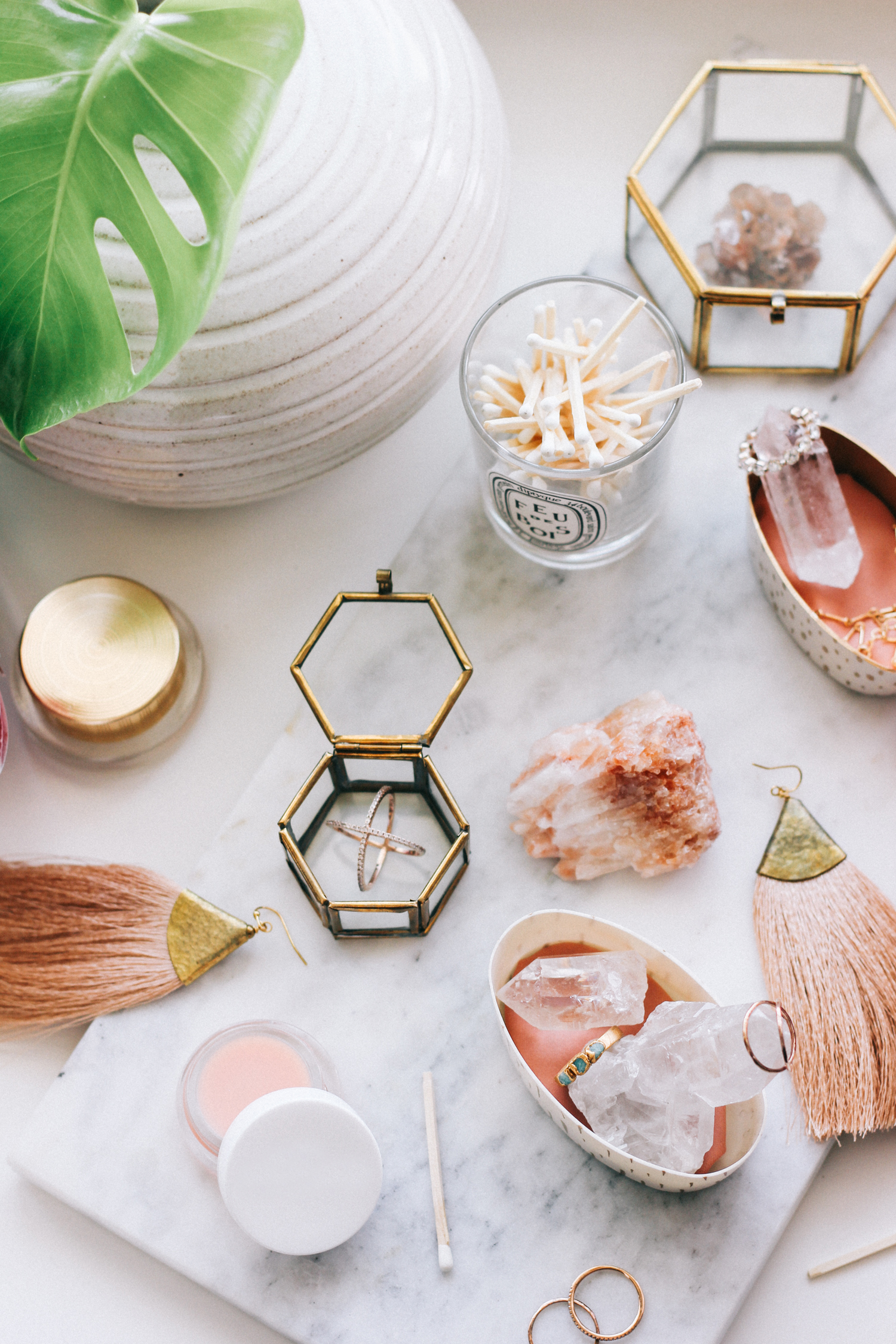 Jewelry + beauty product organization DIY | A Fabulous Fete