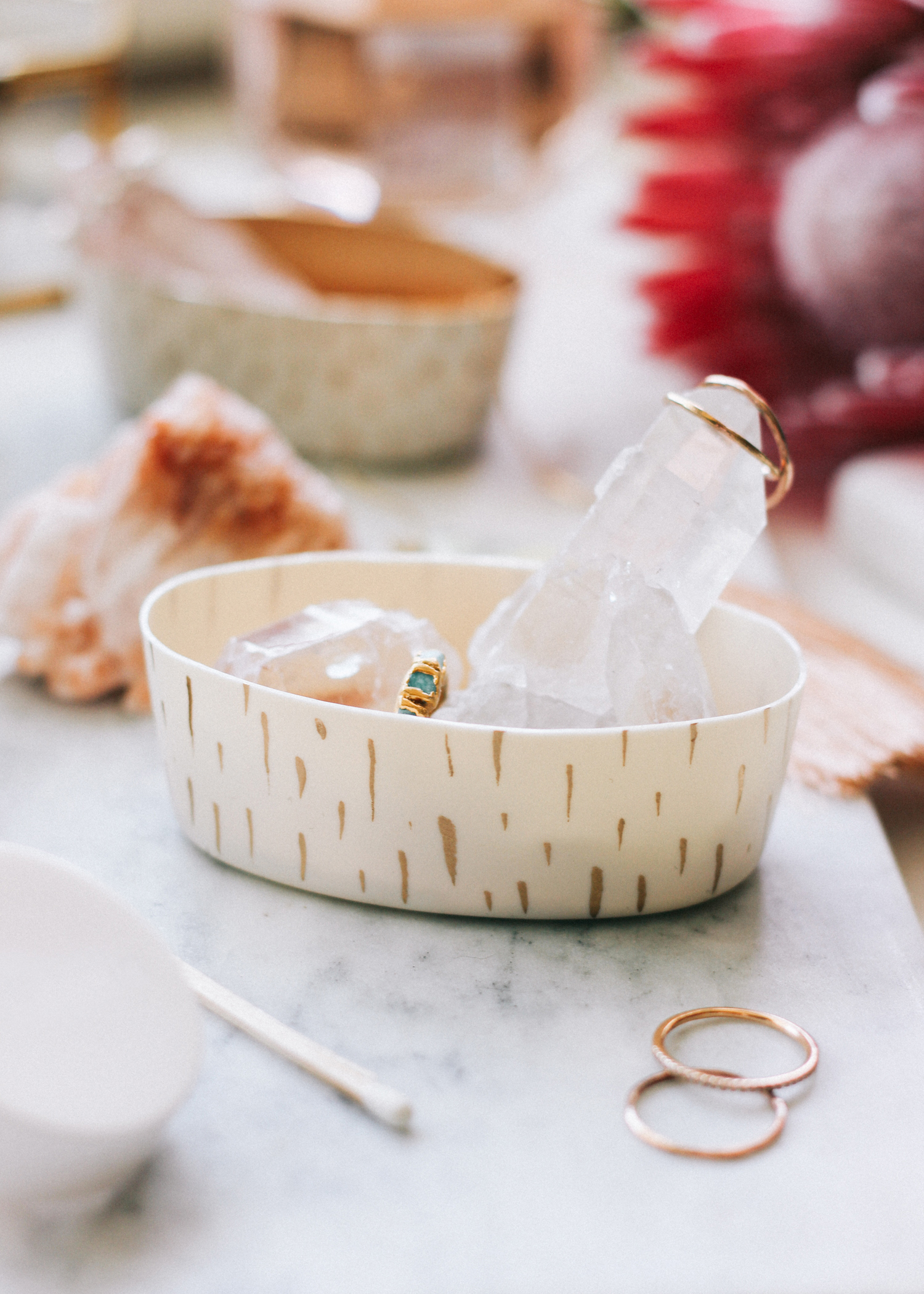 A simple way to get your jewelry organized on a budget | A Fabulous Fete