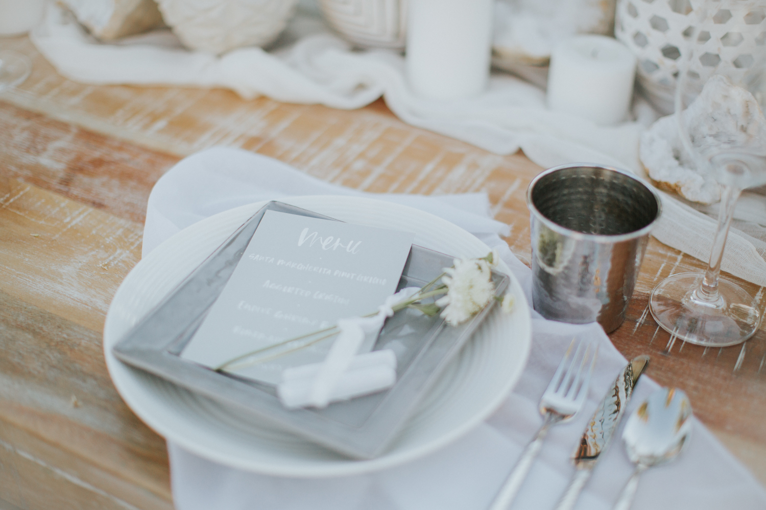 All white decor for a summer dinner party to kick off the beginning of the season   A Fabulous Fete