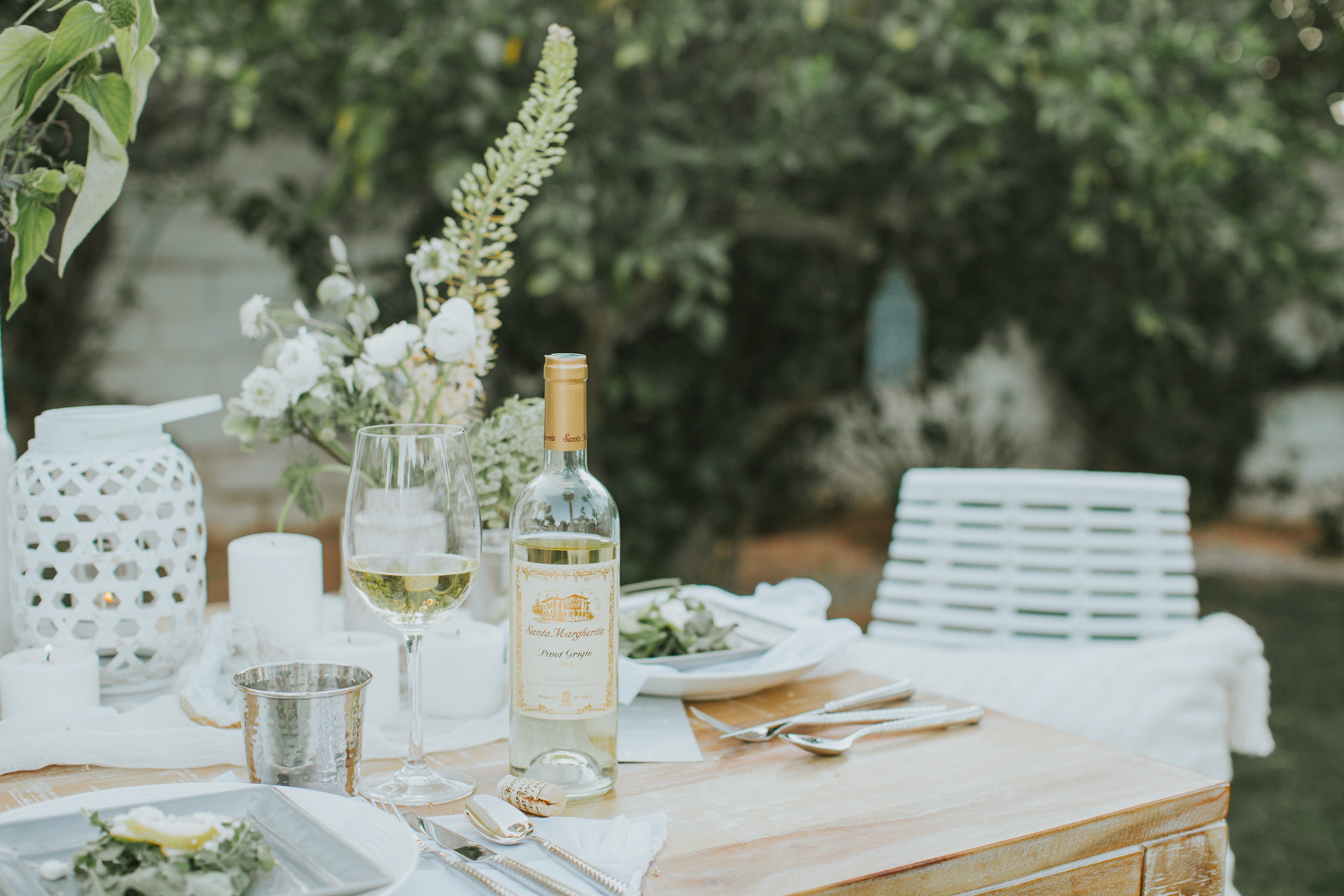 Bring the indoors out to celebrate summer!   A Fabulous Fete