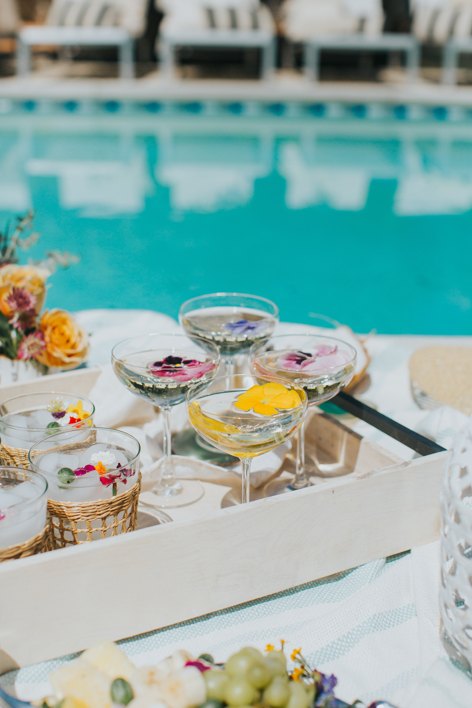 Coupes to serve prosecco at a summer get together | A Fabulous Fete