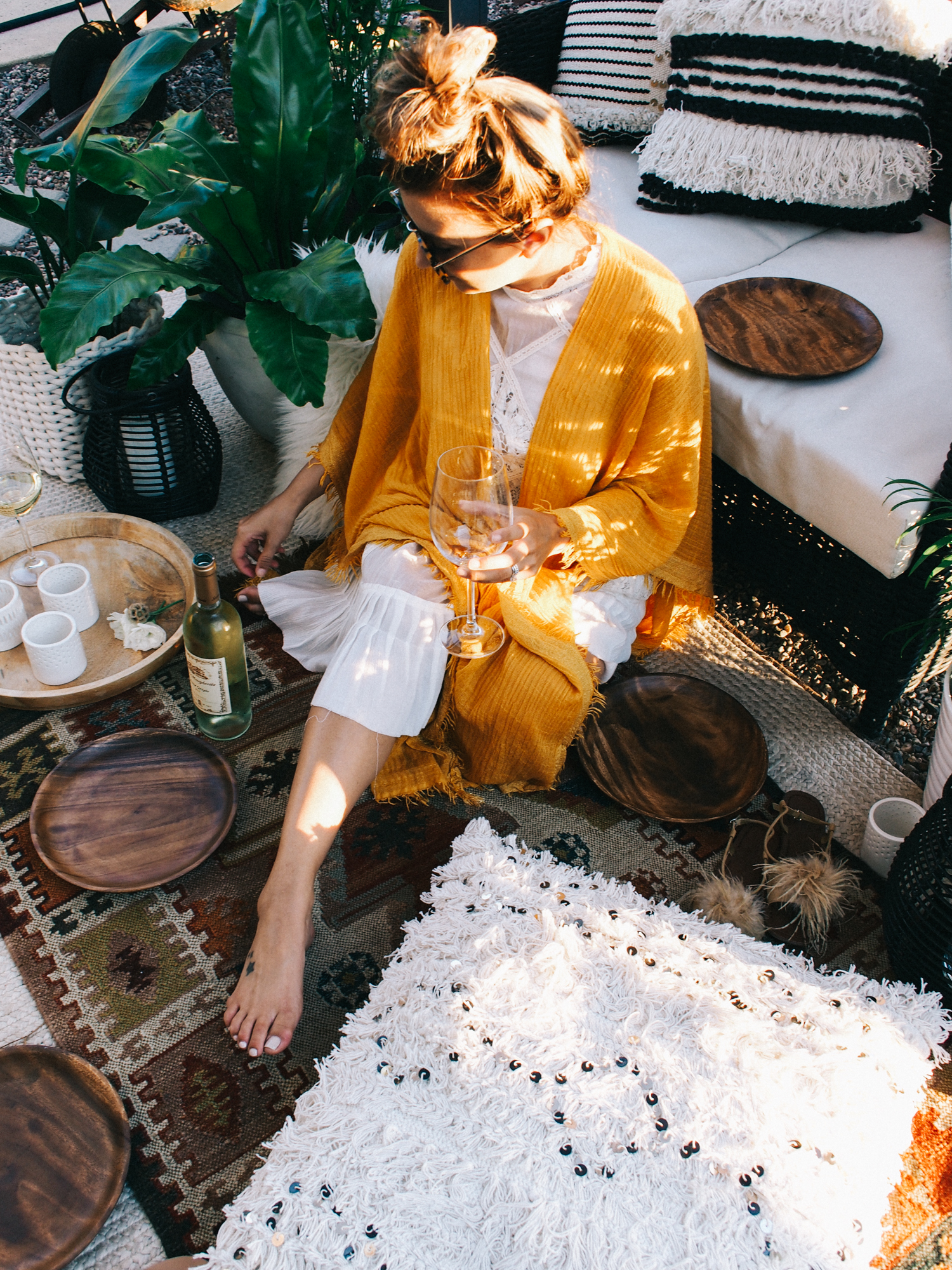 Outdoor summer party outfit ideas | A Fabulous Fete