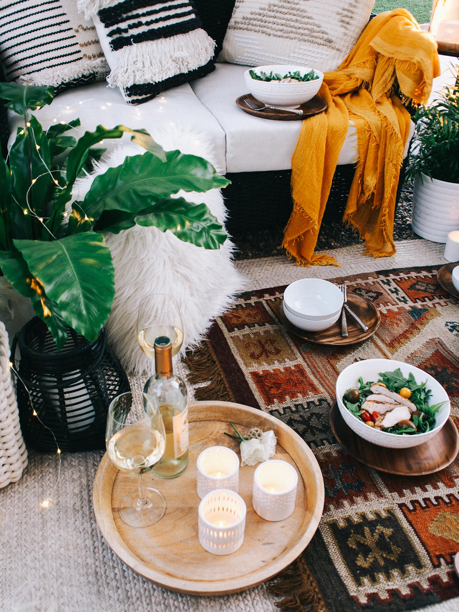 A rich palette for a simple summer backyard party   A Fabulous Fete