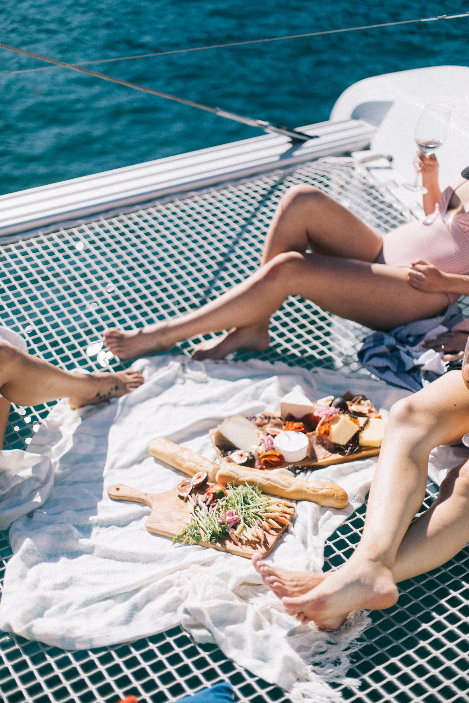 Friends on a boat | A Fabulous Fete