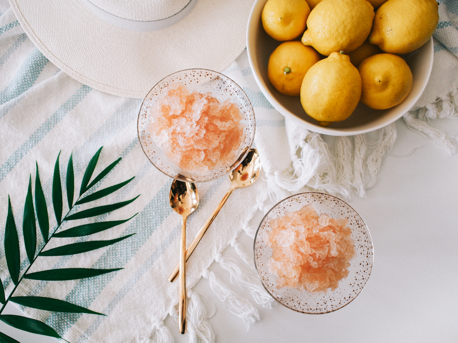 How to make this simple frosé | A Fabulous Fete