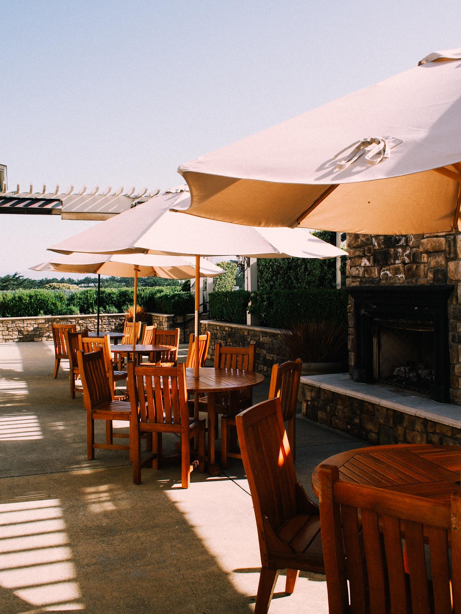 Outdoor reception area at The Ritz Carlton, Half Moon Bay | A Fabulous Fete