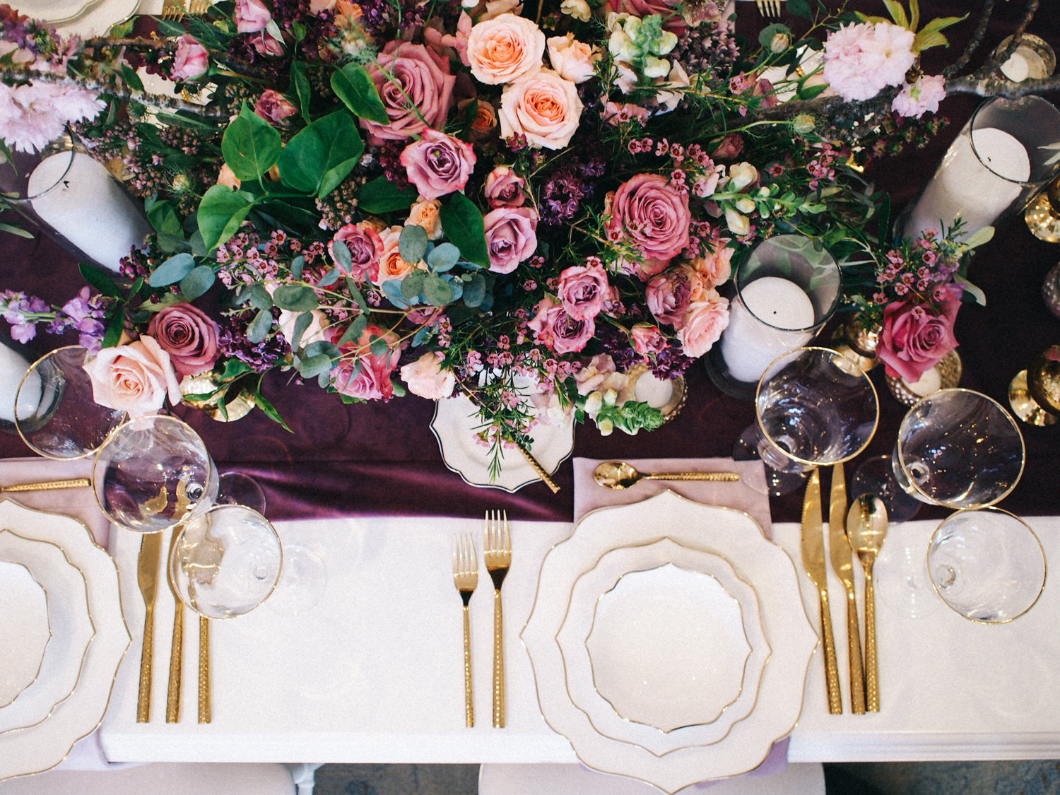 Shades of purple and gold tabletop decor | A Fabulous Fete