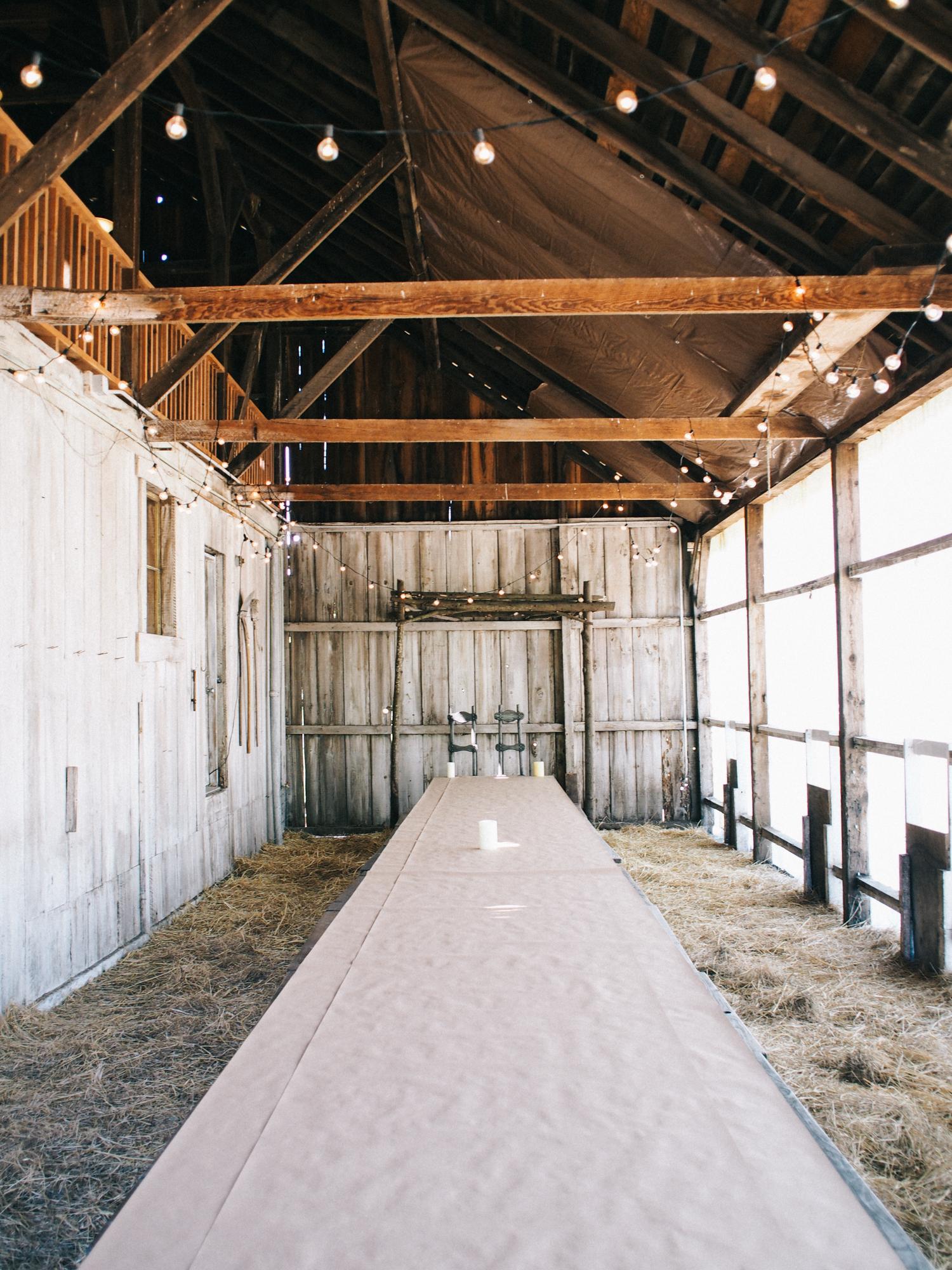 Rustic wedding reception venue | A Fabulous Fete