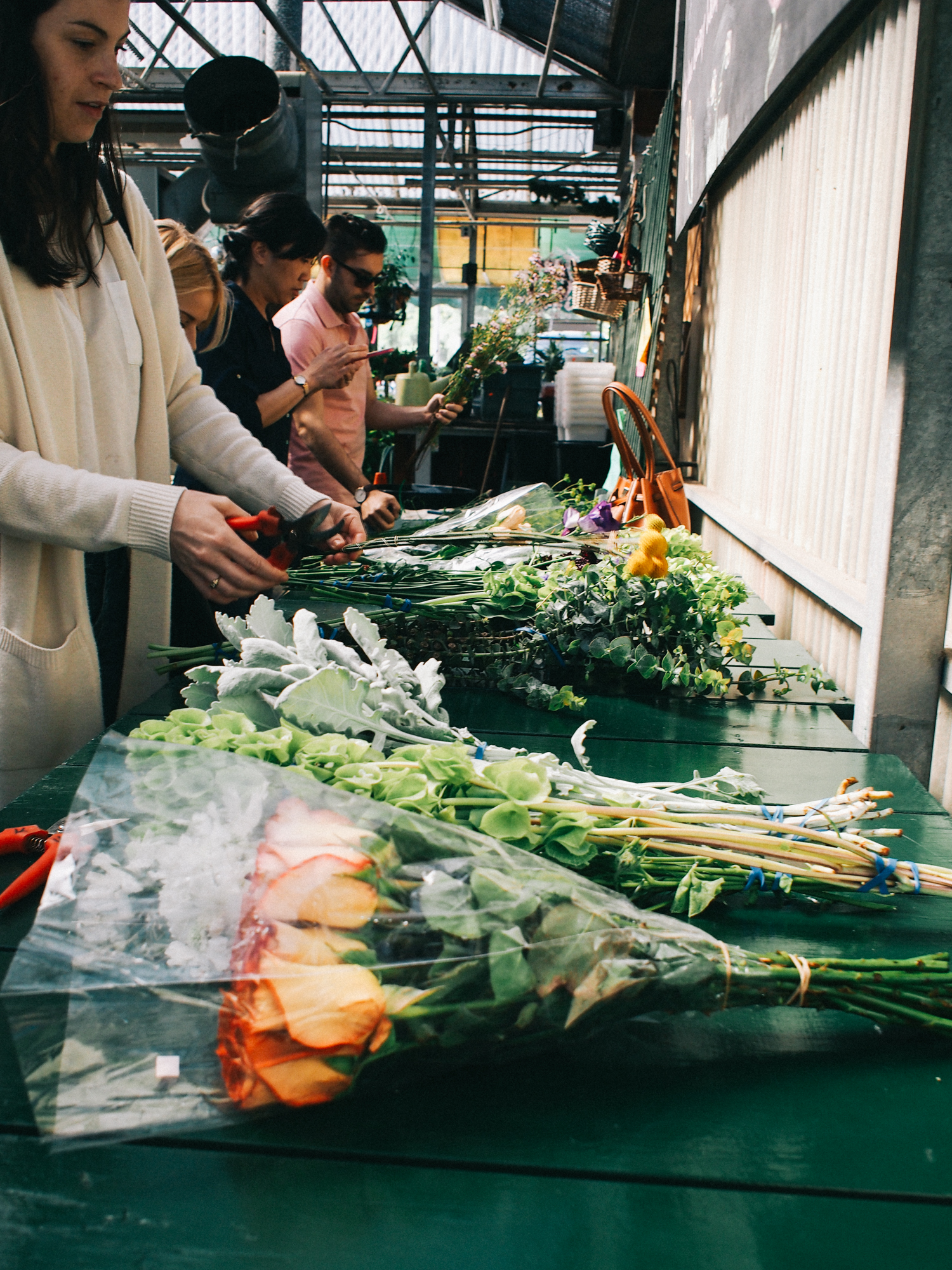 You can DIY your own wedding flowers at this flower farm, more on the blog | A Fabulous Fete
