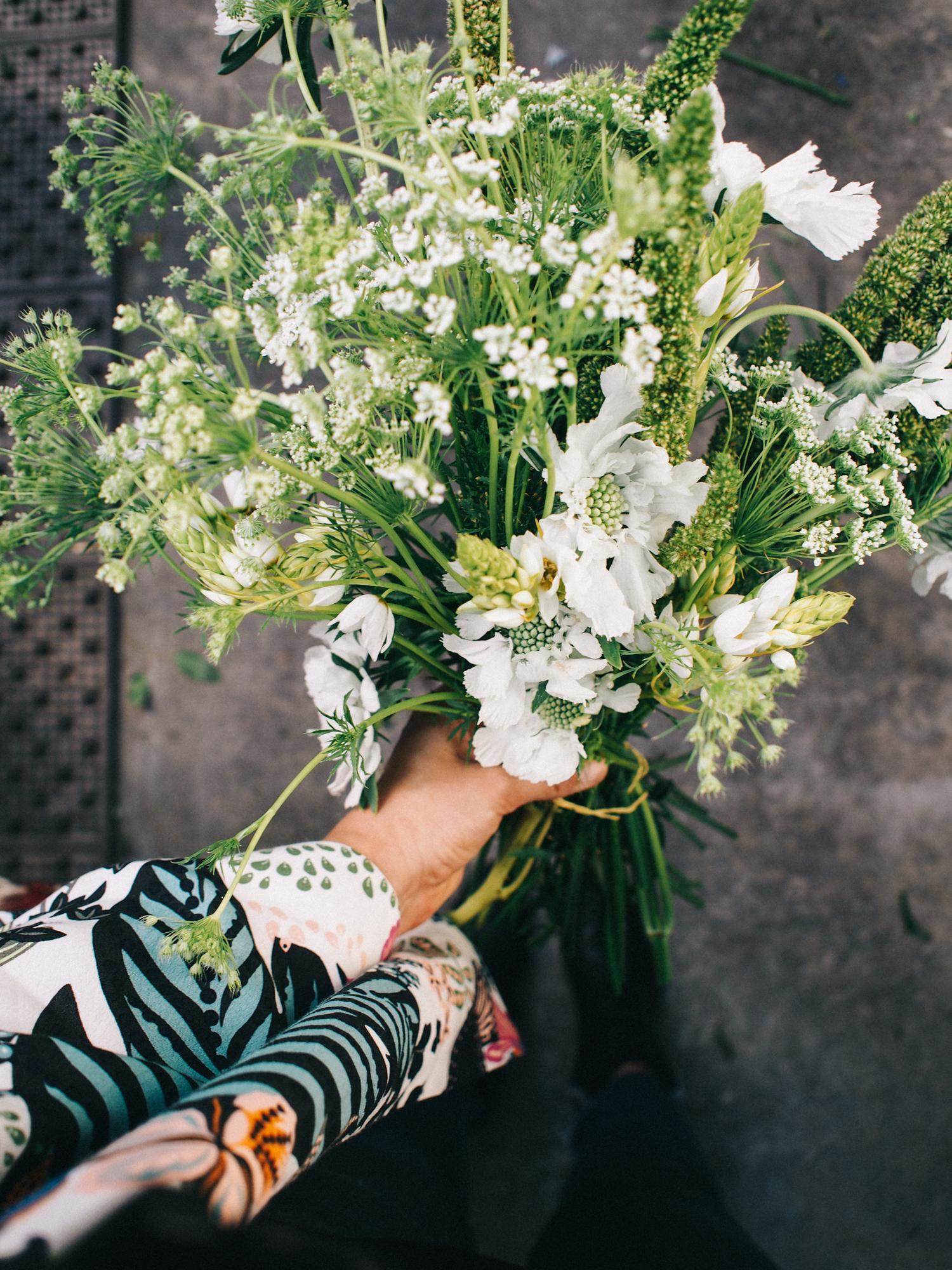 A simple bouquet built of fresh blooms from the flower farm | A Fabulous Fete