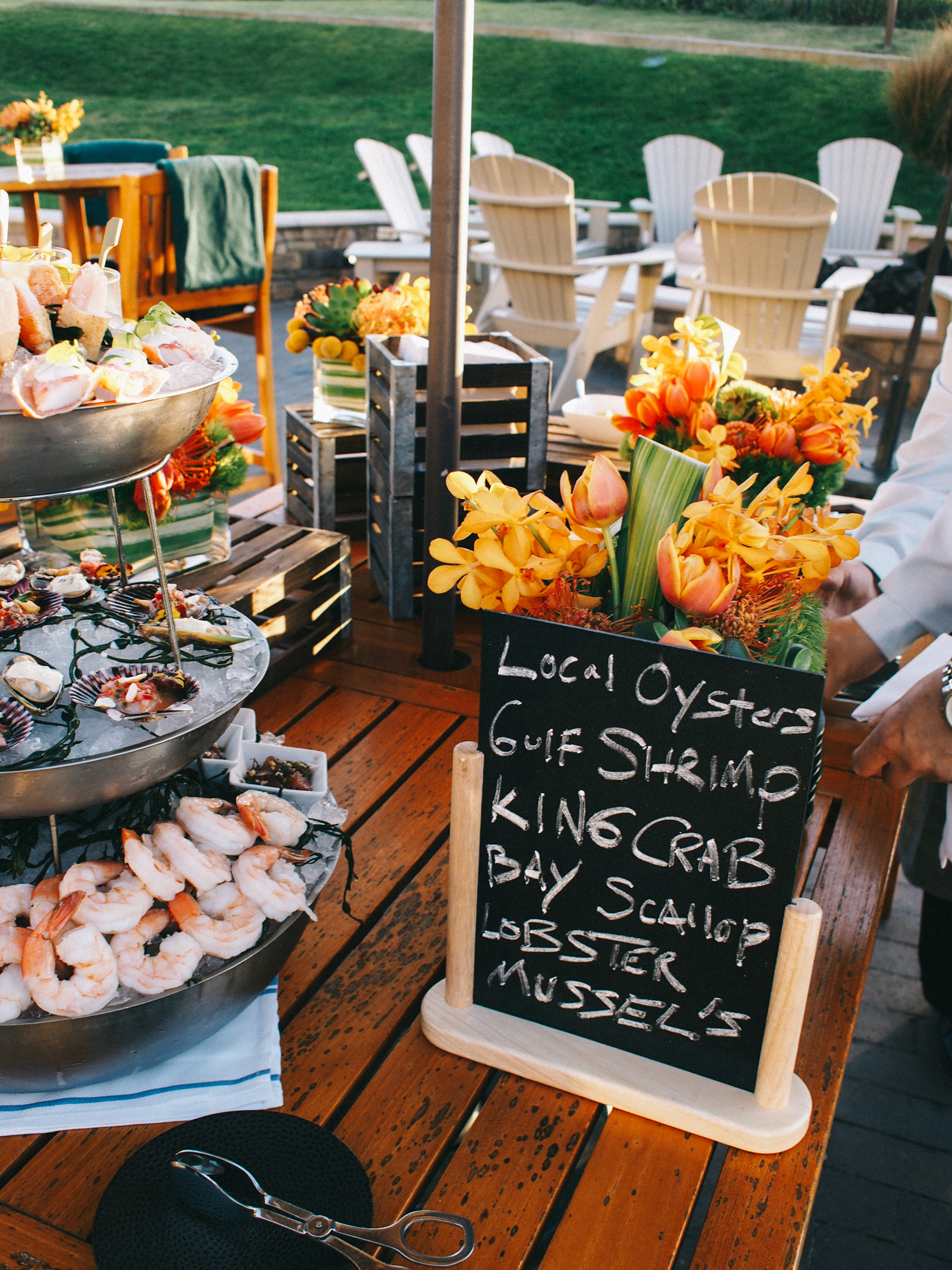Seafood spread at sunset | A Fabulous Fete