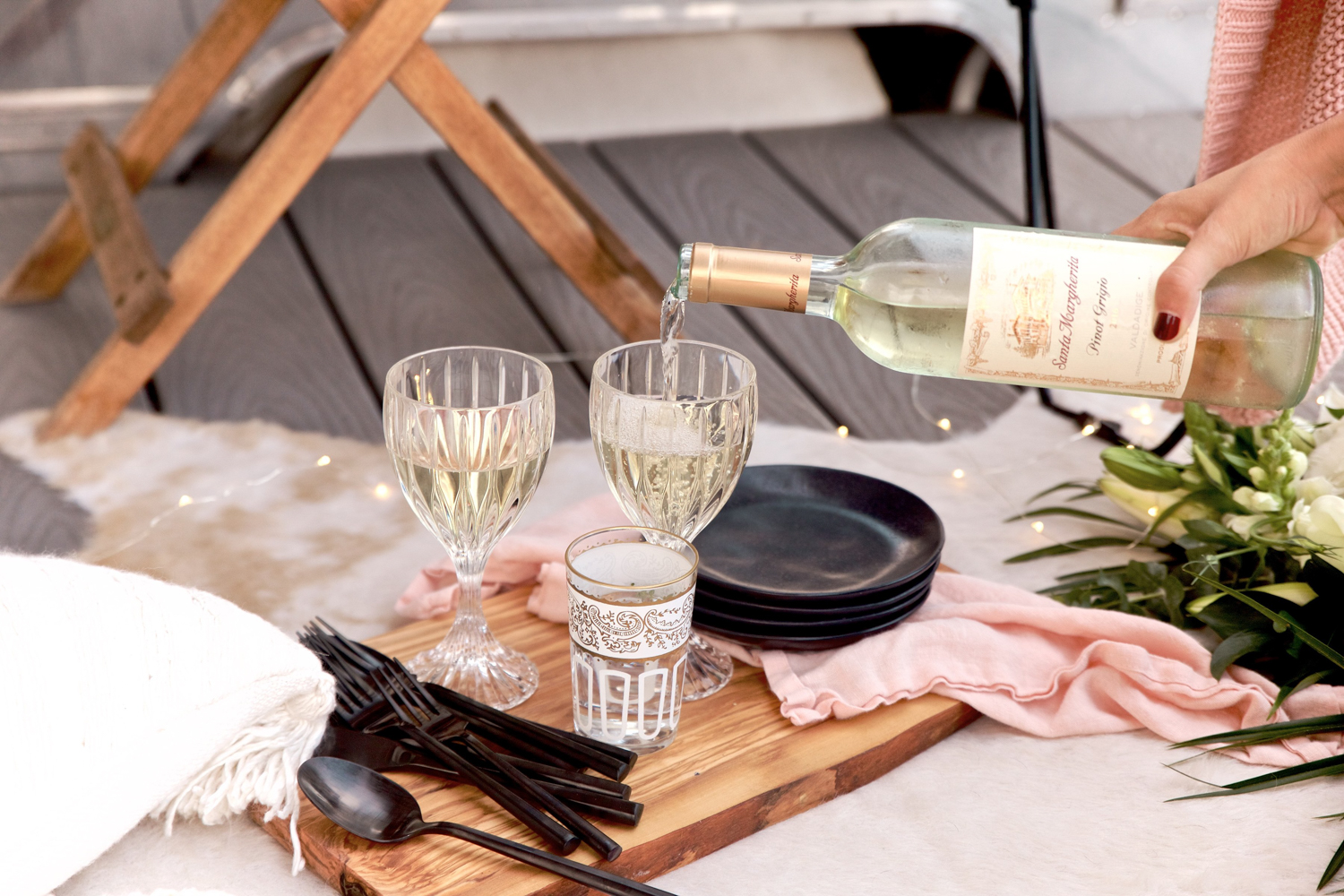 The perfect combo with crystal, wood boards, black plates + flatware and a touch of pink | A Fabulous Fete