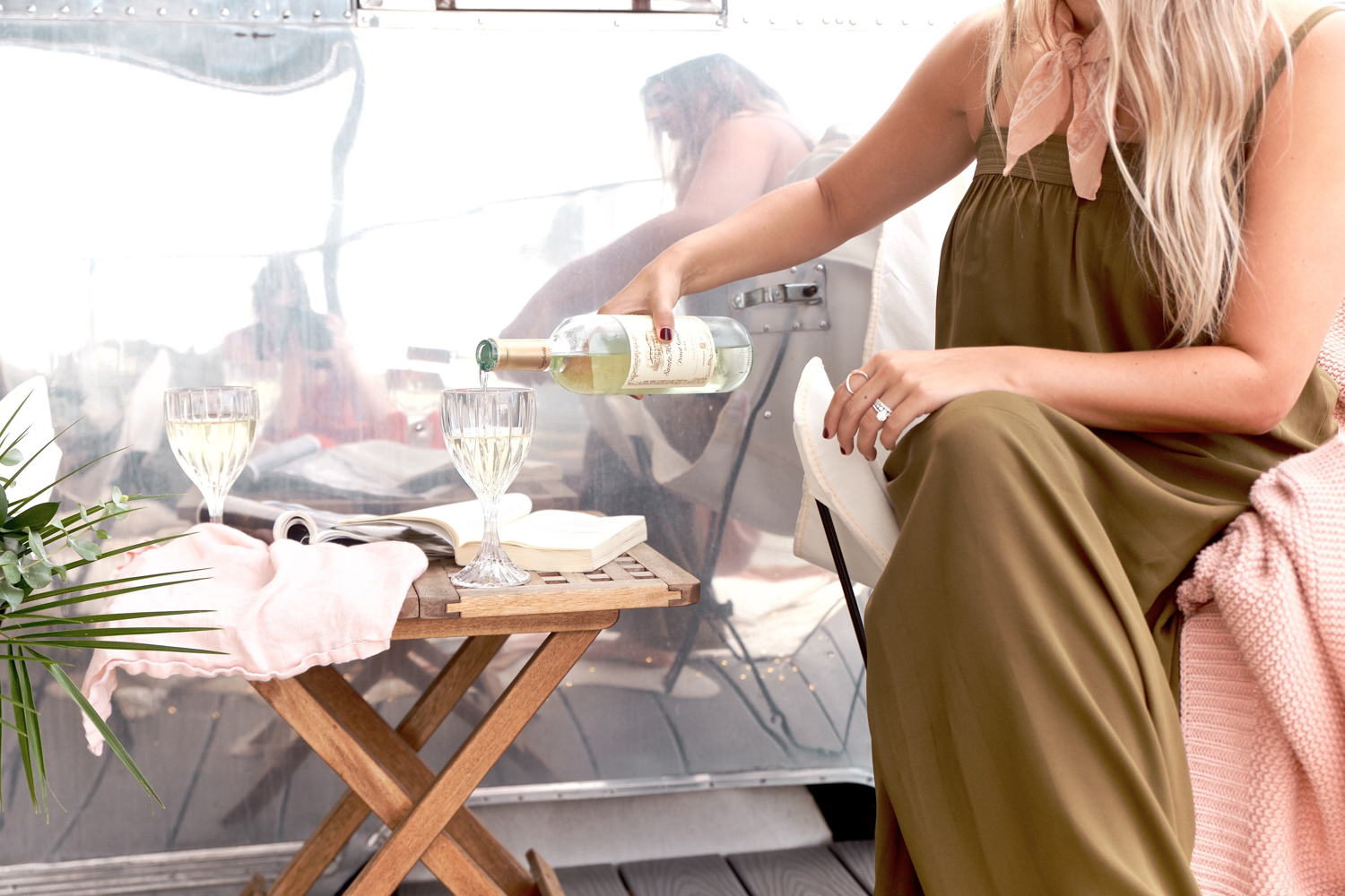 How to host a glamping picnic |  A Fabulous Fete