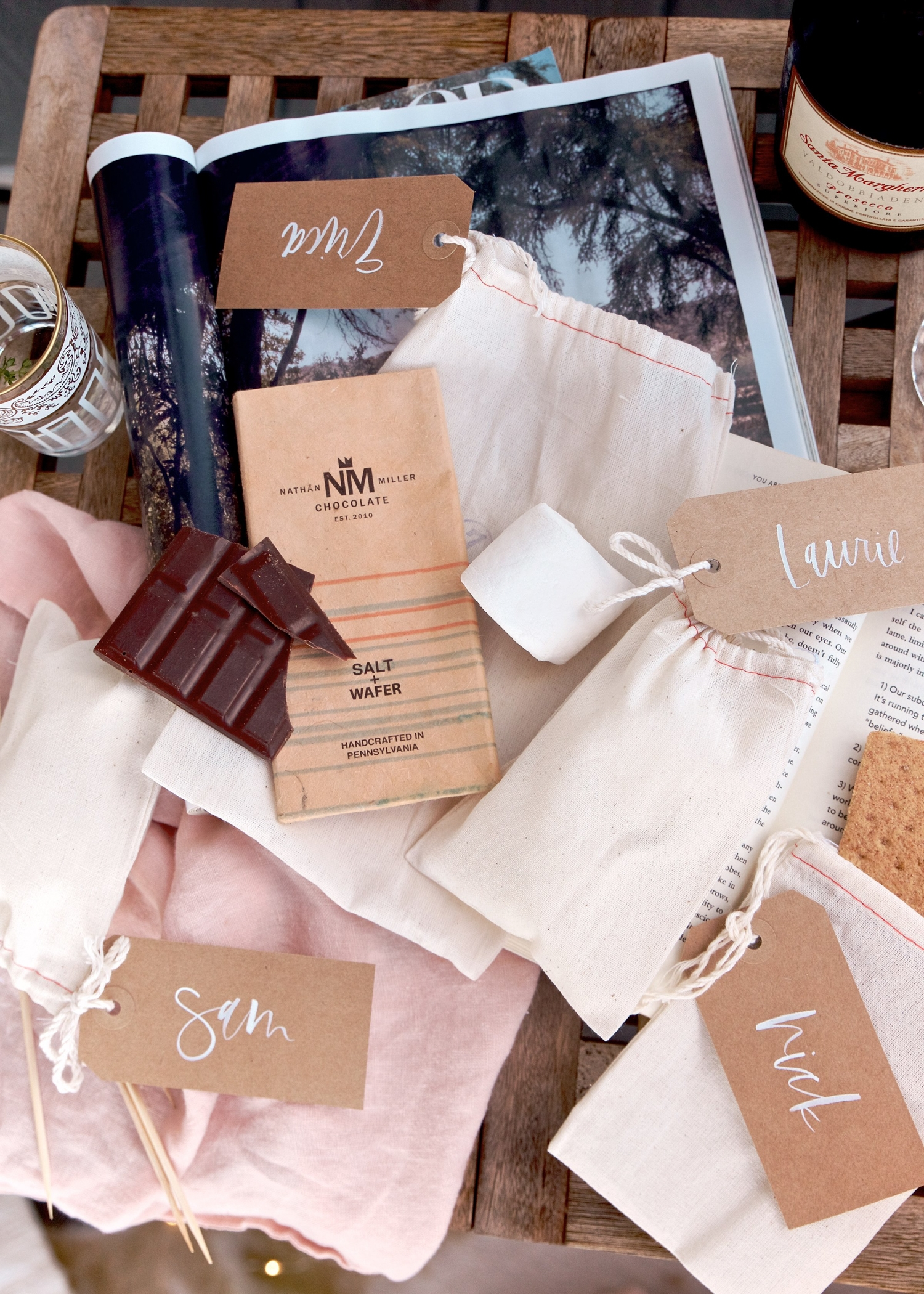Camping must have - s'more kits! | A Fabulous Fete
