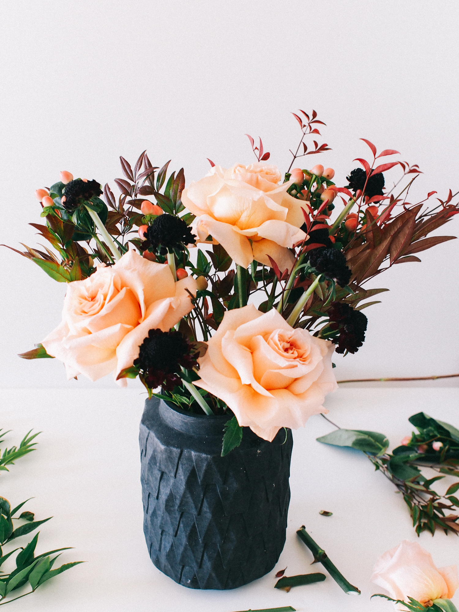 What I always use to build my flower arrangements | A Fabulous Fete