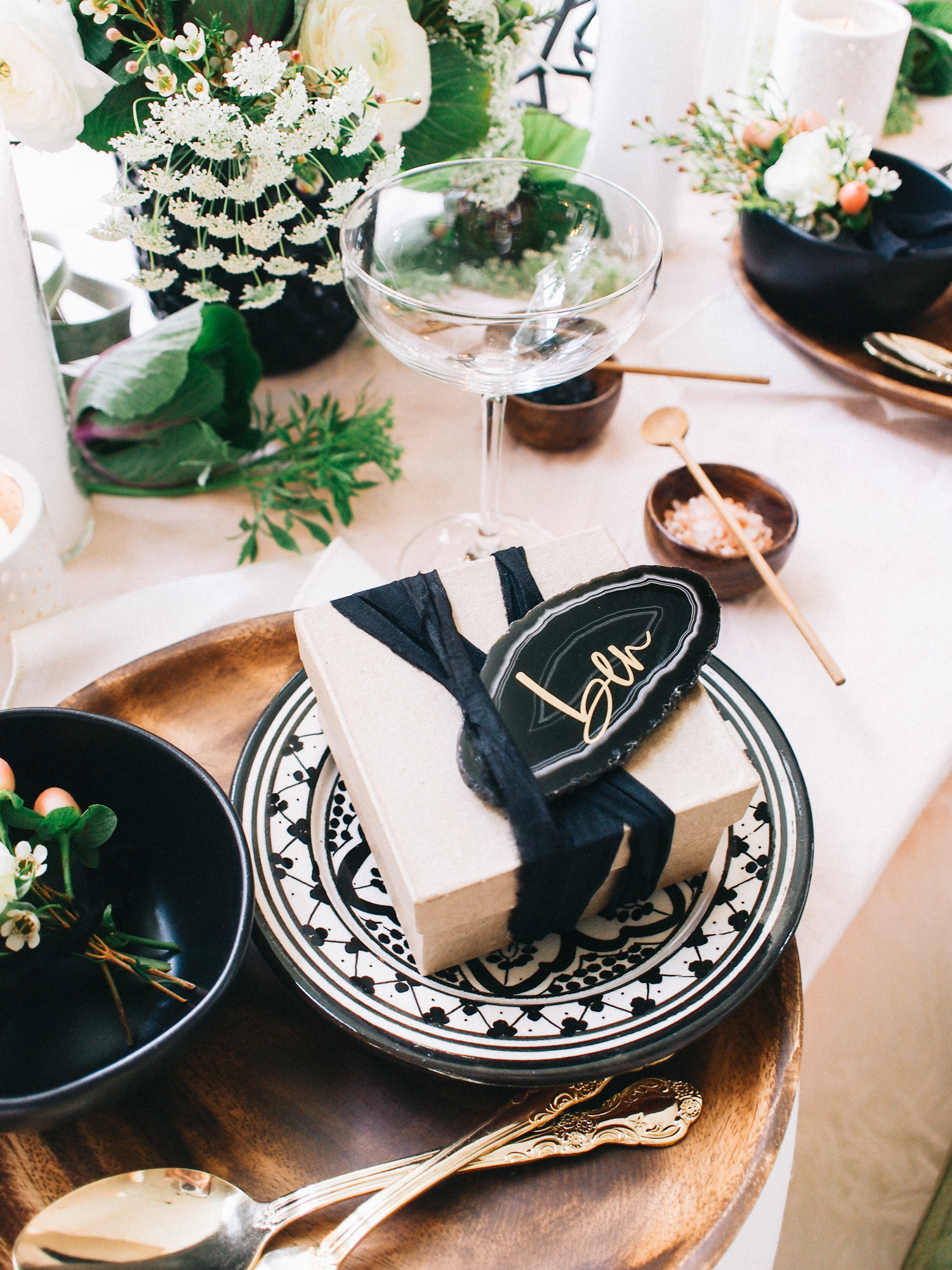 Simple favors for your holiday dinner party | A Fabulous Fete