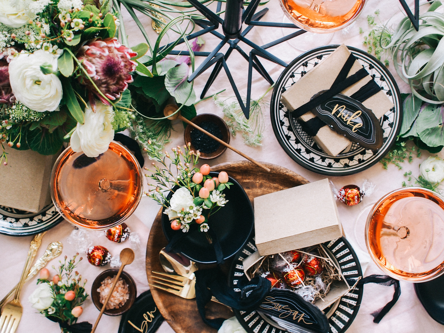 Easy entertaining ideas for the holidays | A Fabulous Fete