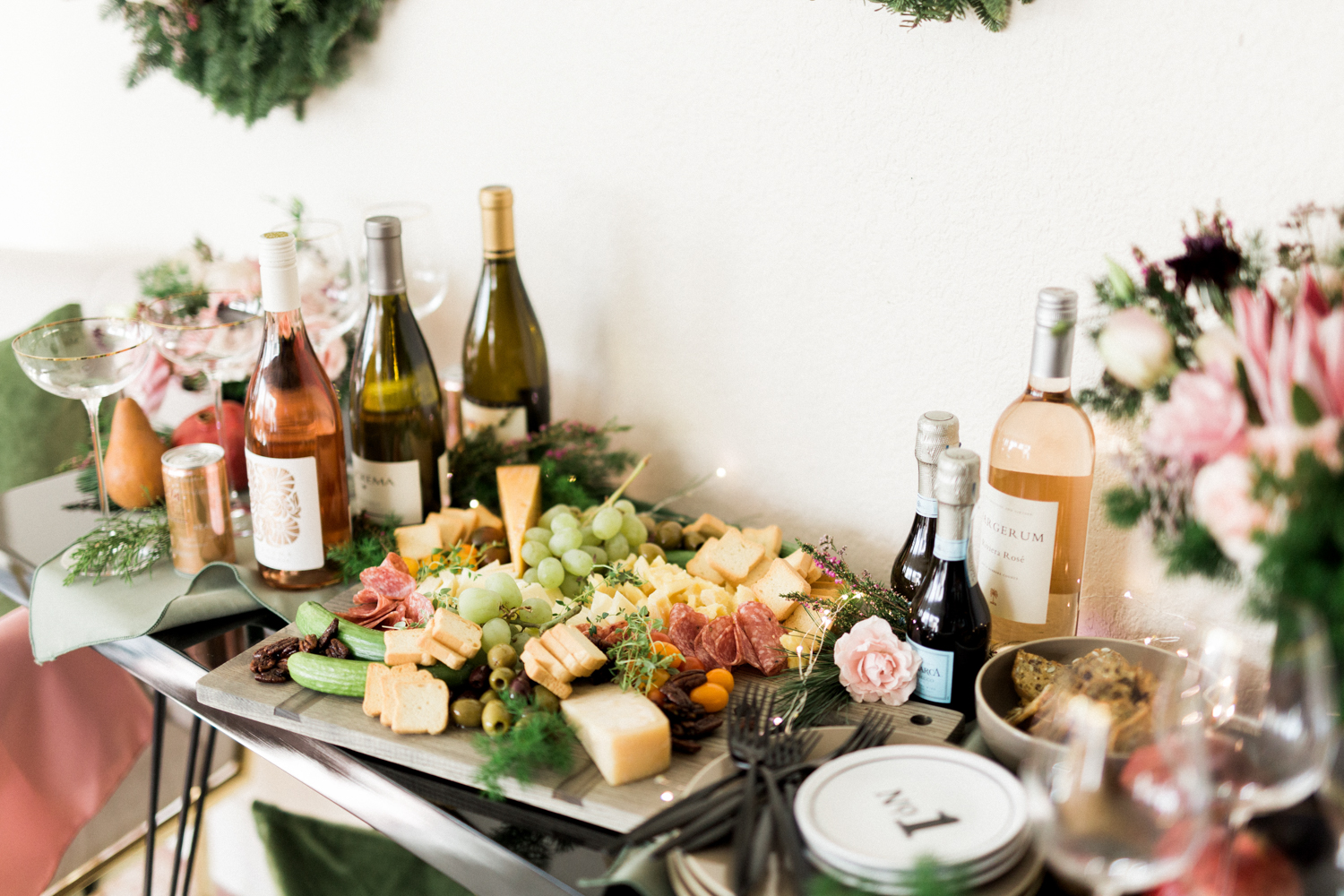 Holiday cocktail party inspiration | A Fabulous Fete
