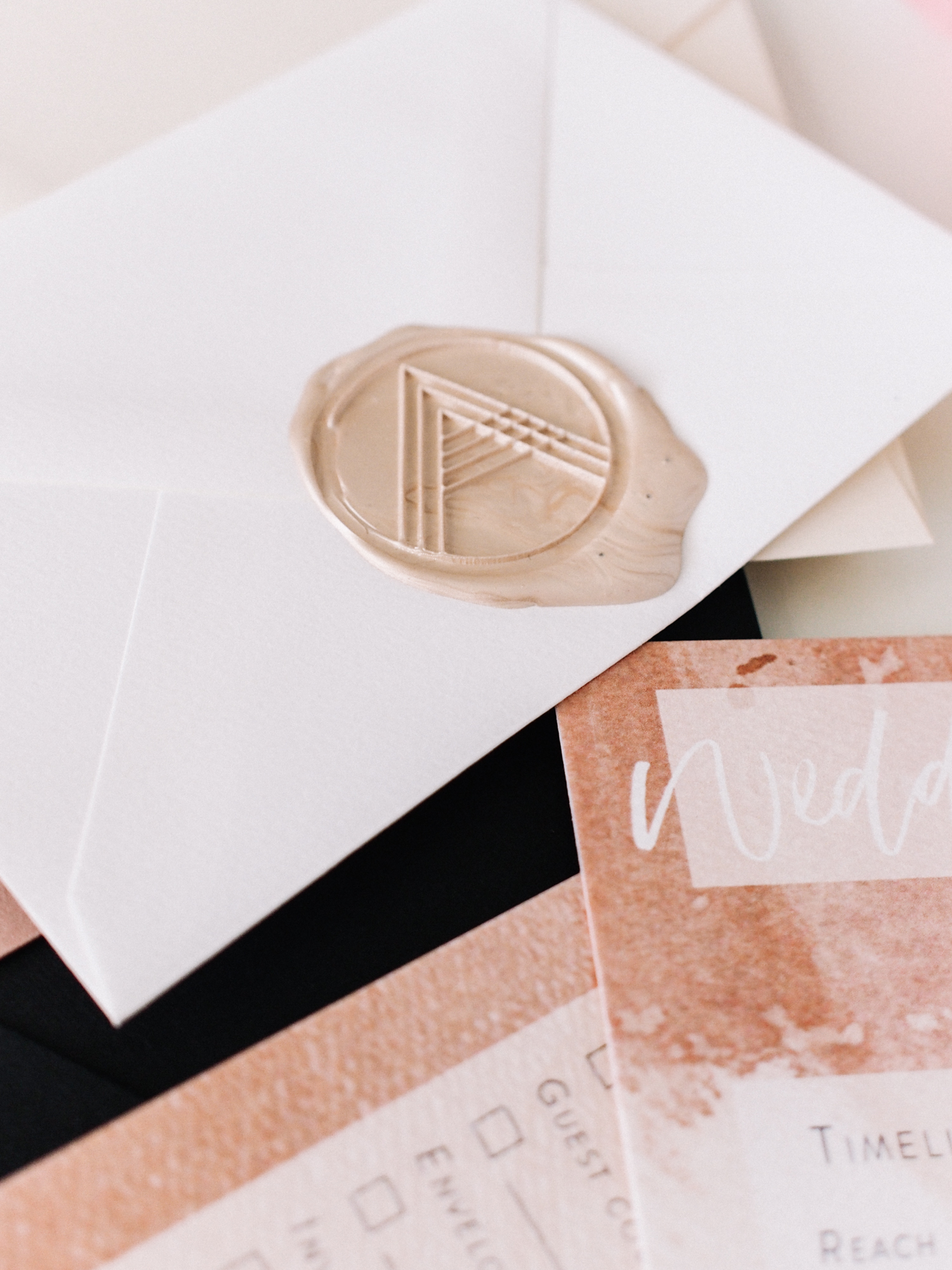 Custom wax seals for your wedding stationery | A Fabulous Fete