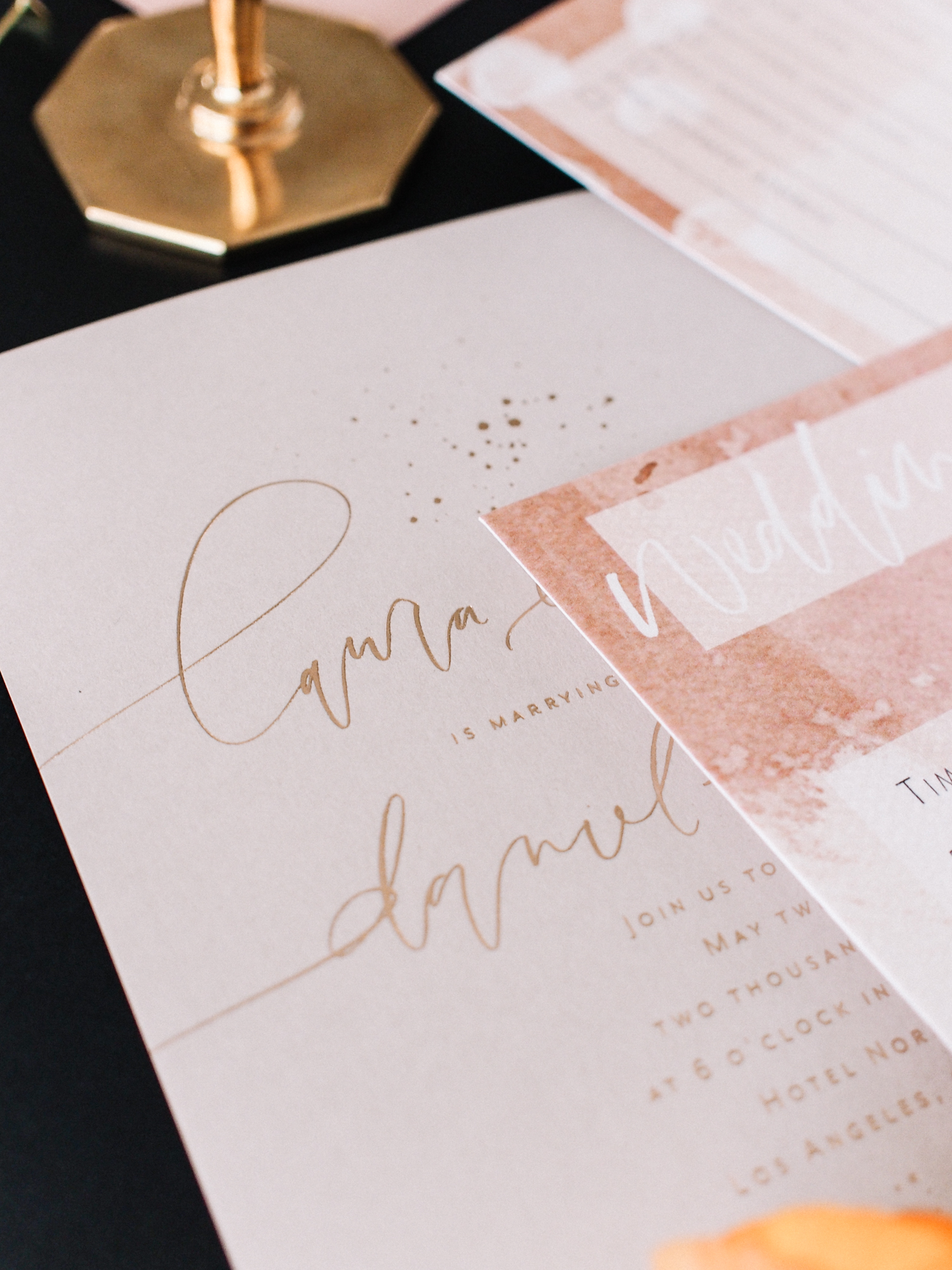 Newly engaged? Check out this free printable checklist to get you started | A Fabulous Fete