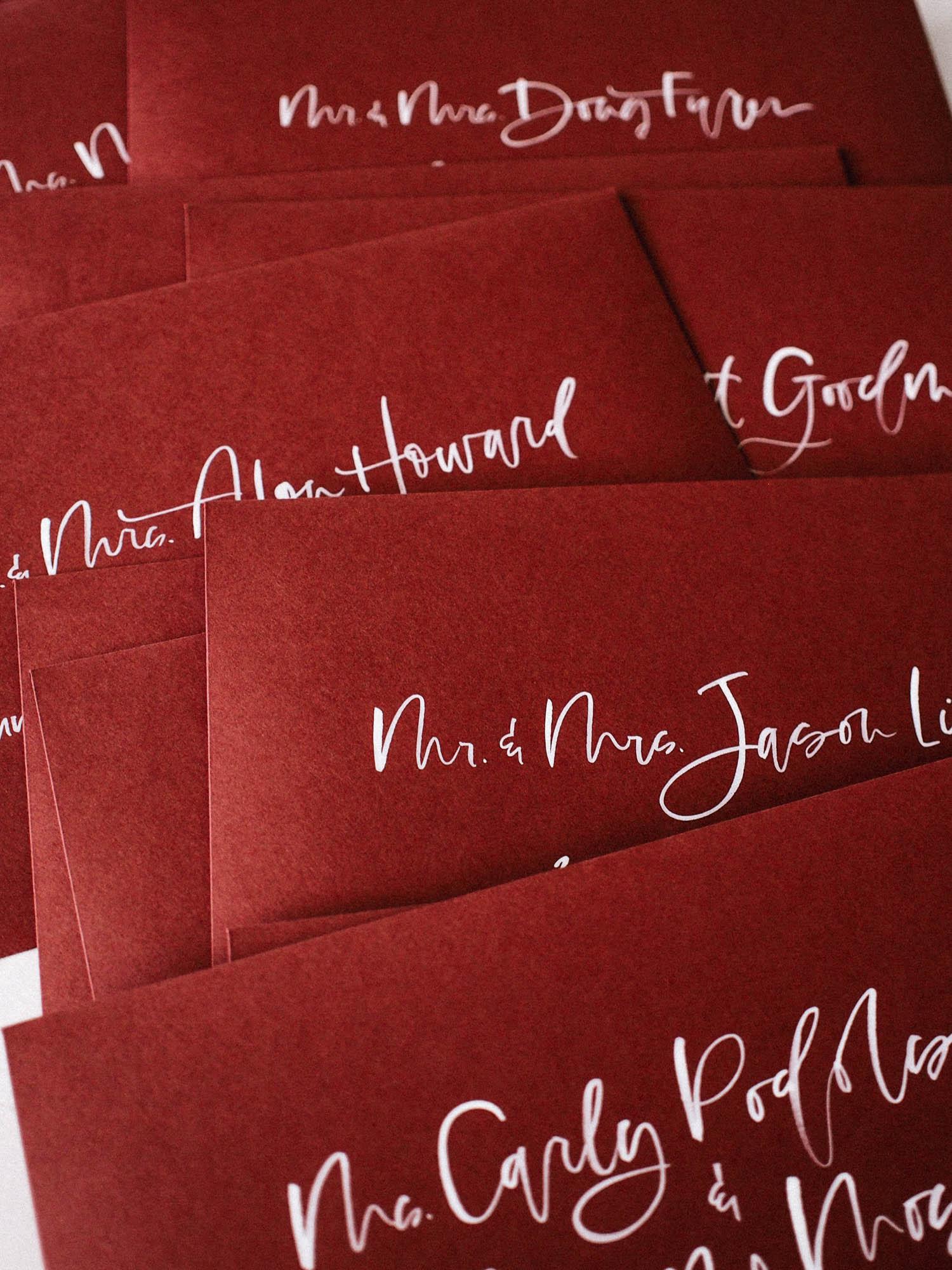 Hand lettered wedding invitation envelopes | A Fabulous Fete
