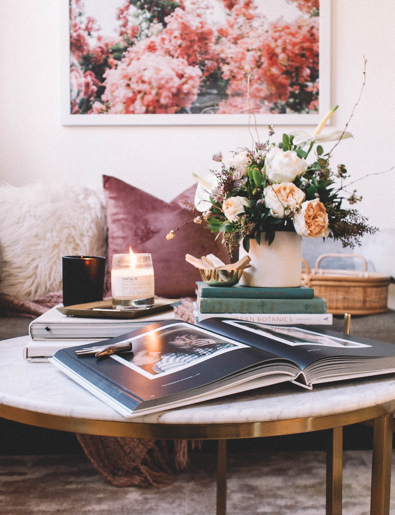 How to style your coffee table | A Fabulous Fete