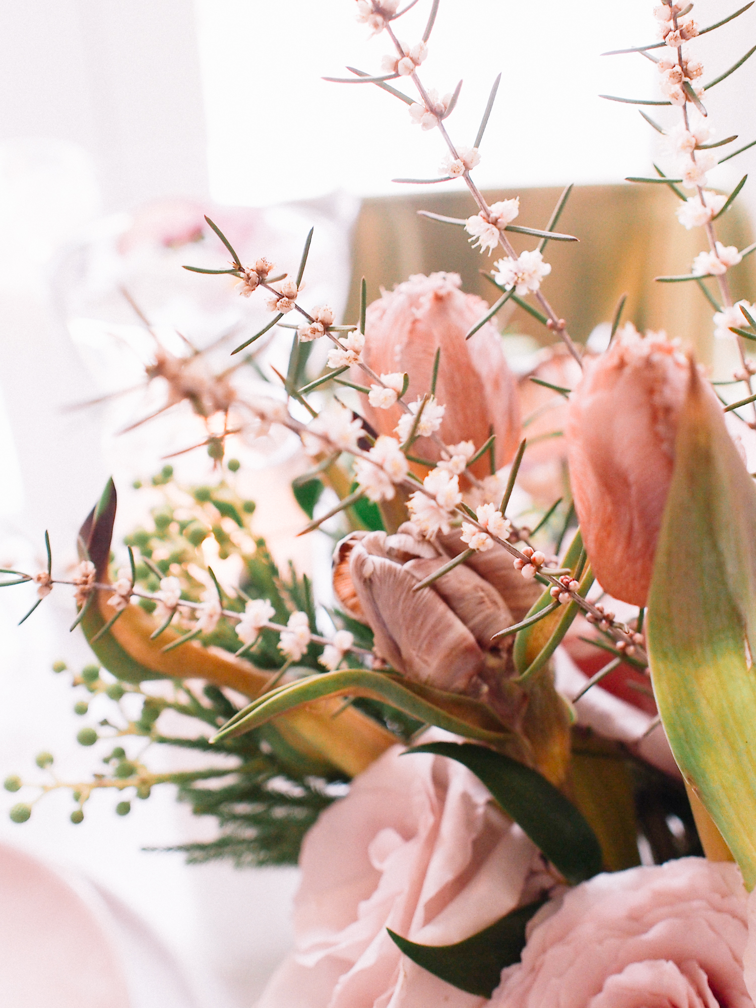 Flowers for a spring table | A Fabulous Fete