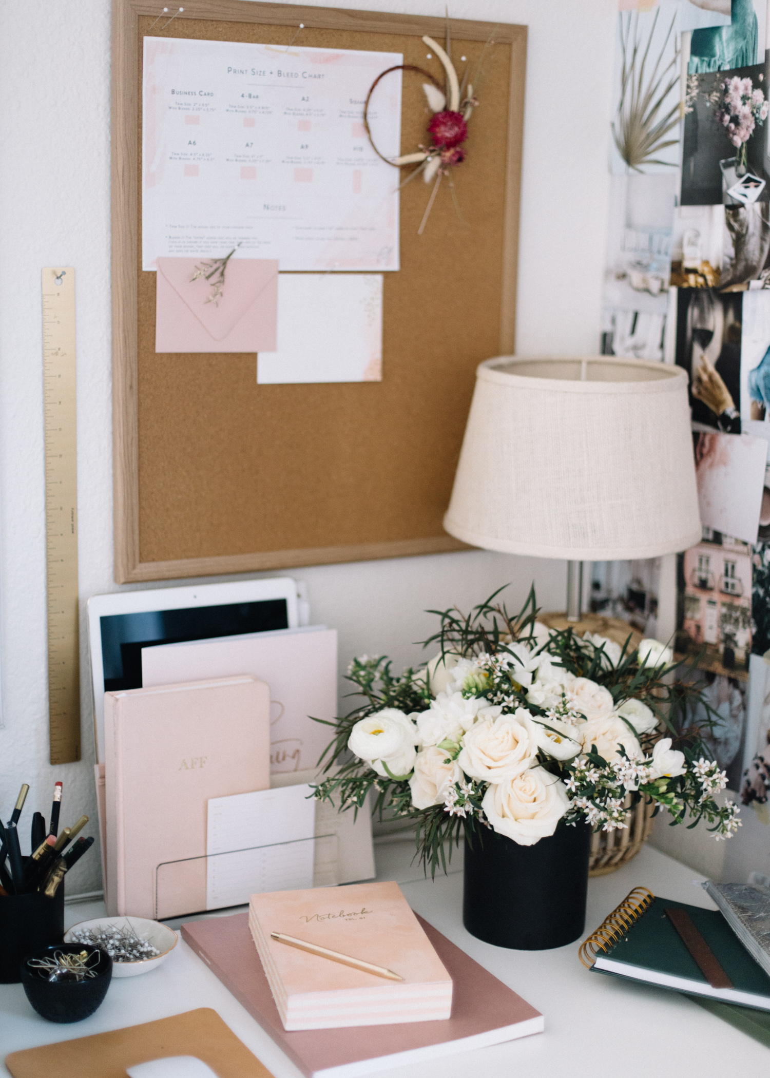 How to Keep Your Desk Organized  | A Fabulous Fete