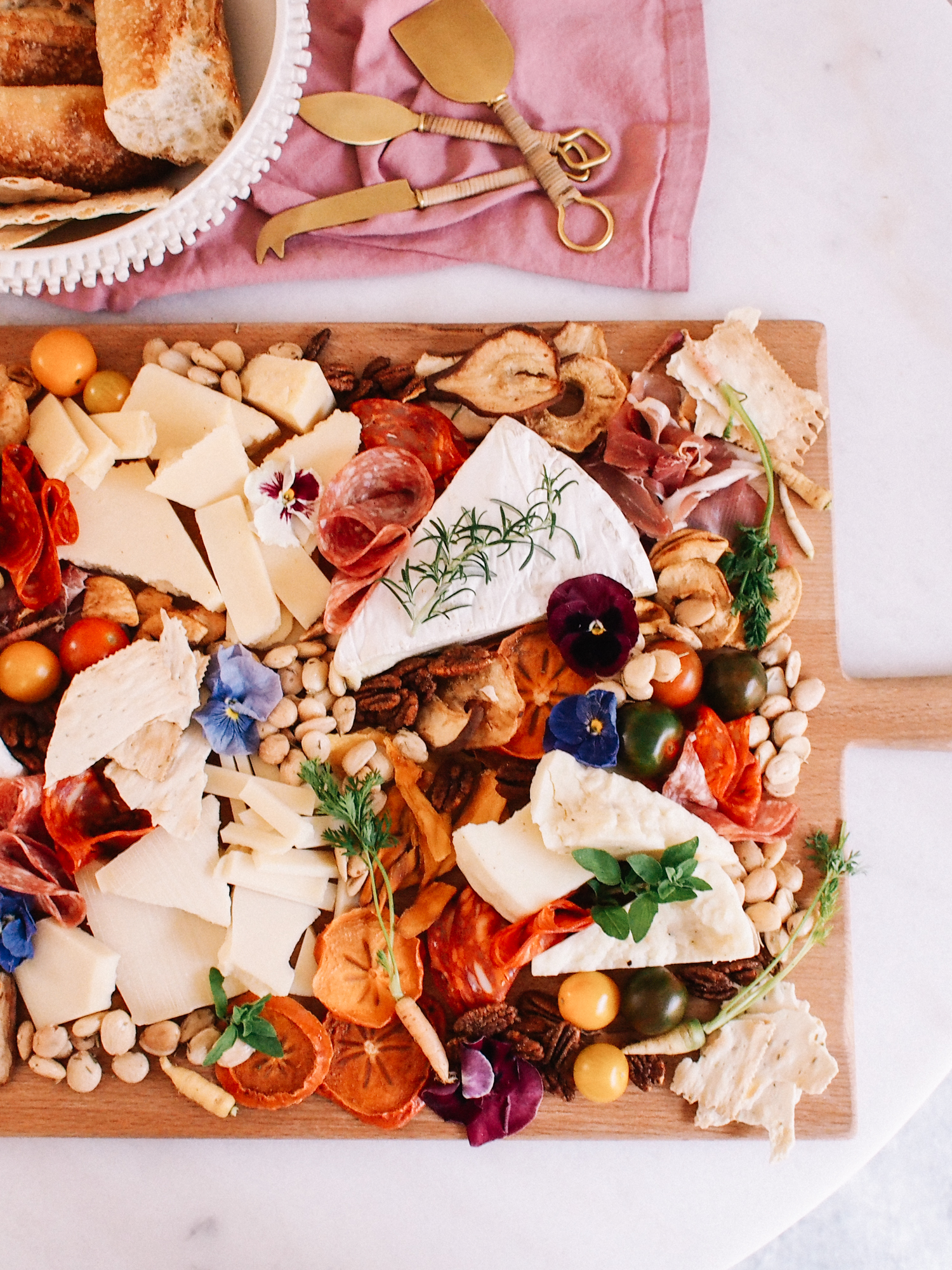 Steps to Make a Beautiful Cheese Board | A Fabulous Fete
