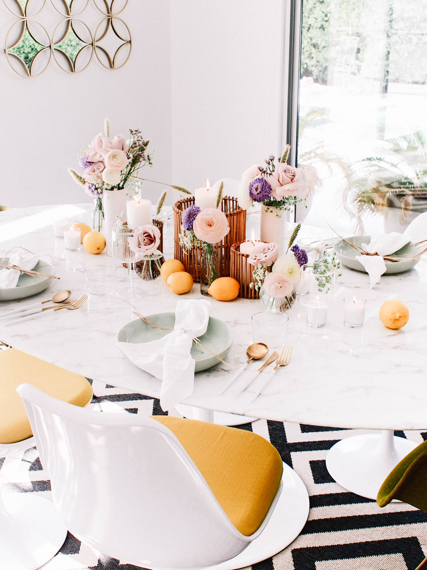 Feminine Summer Tabletop // A Fabulous Fete
