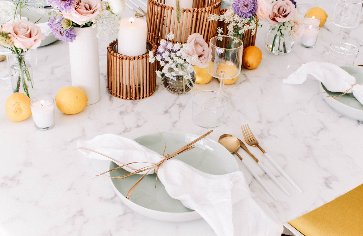 How to create the perfect summer tablescape  // A Fabulous Fete