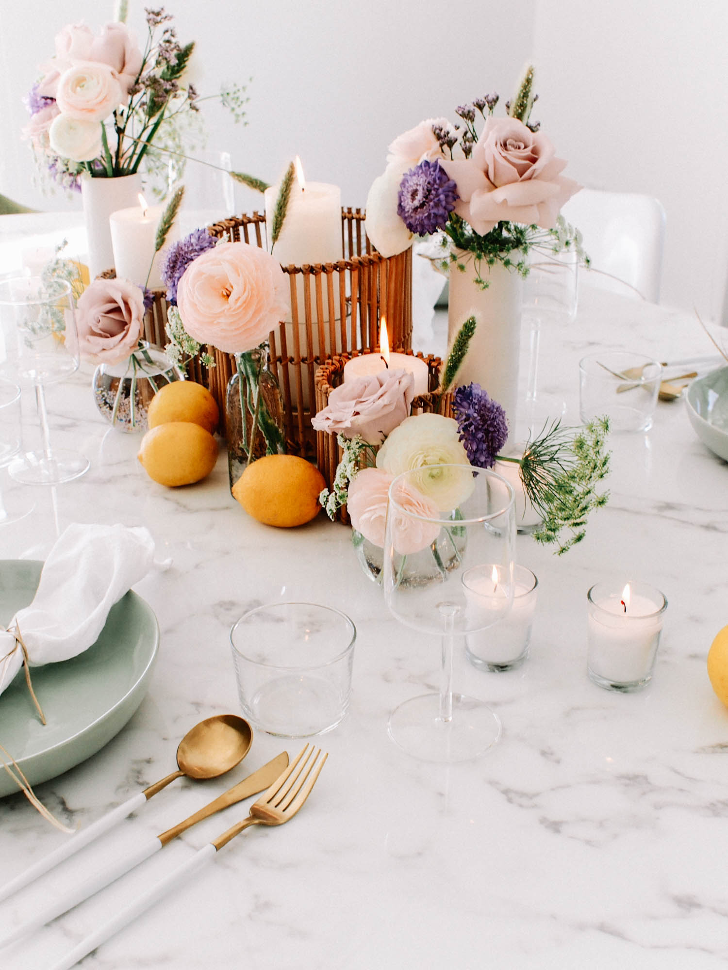 Plan A Summer Dinner Party  // A Fabulous Fete