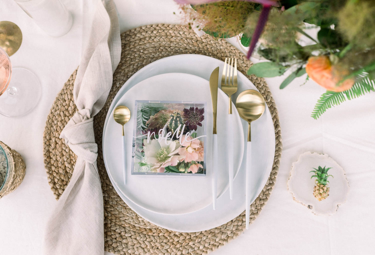 How To Create Unique Place Cards // A Fabulous Fete