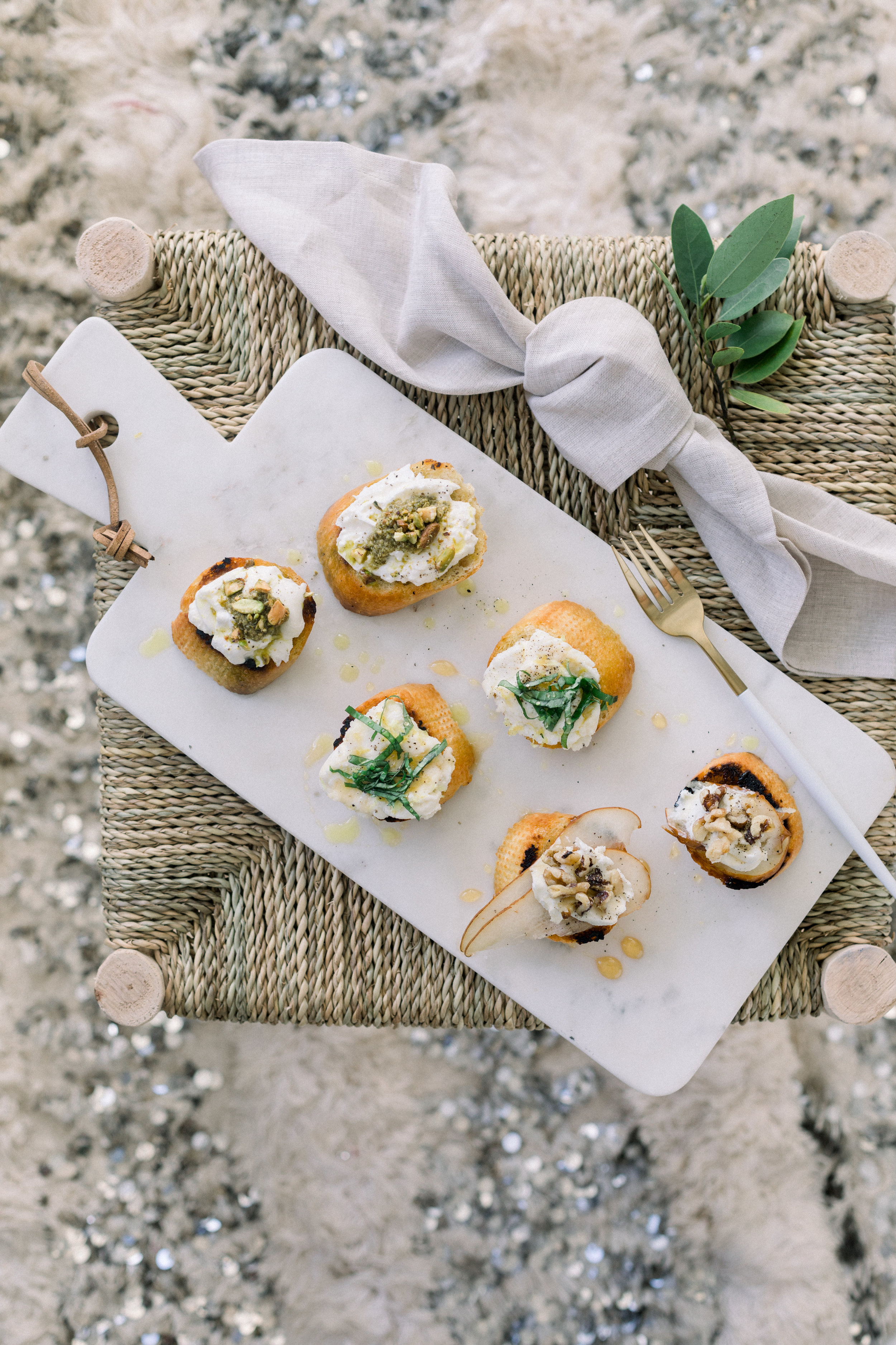 The Perfect Menu For An Easy Girls' Night  || A Fabulous Fete