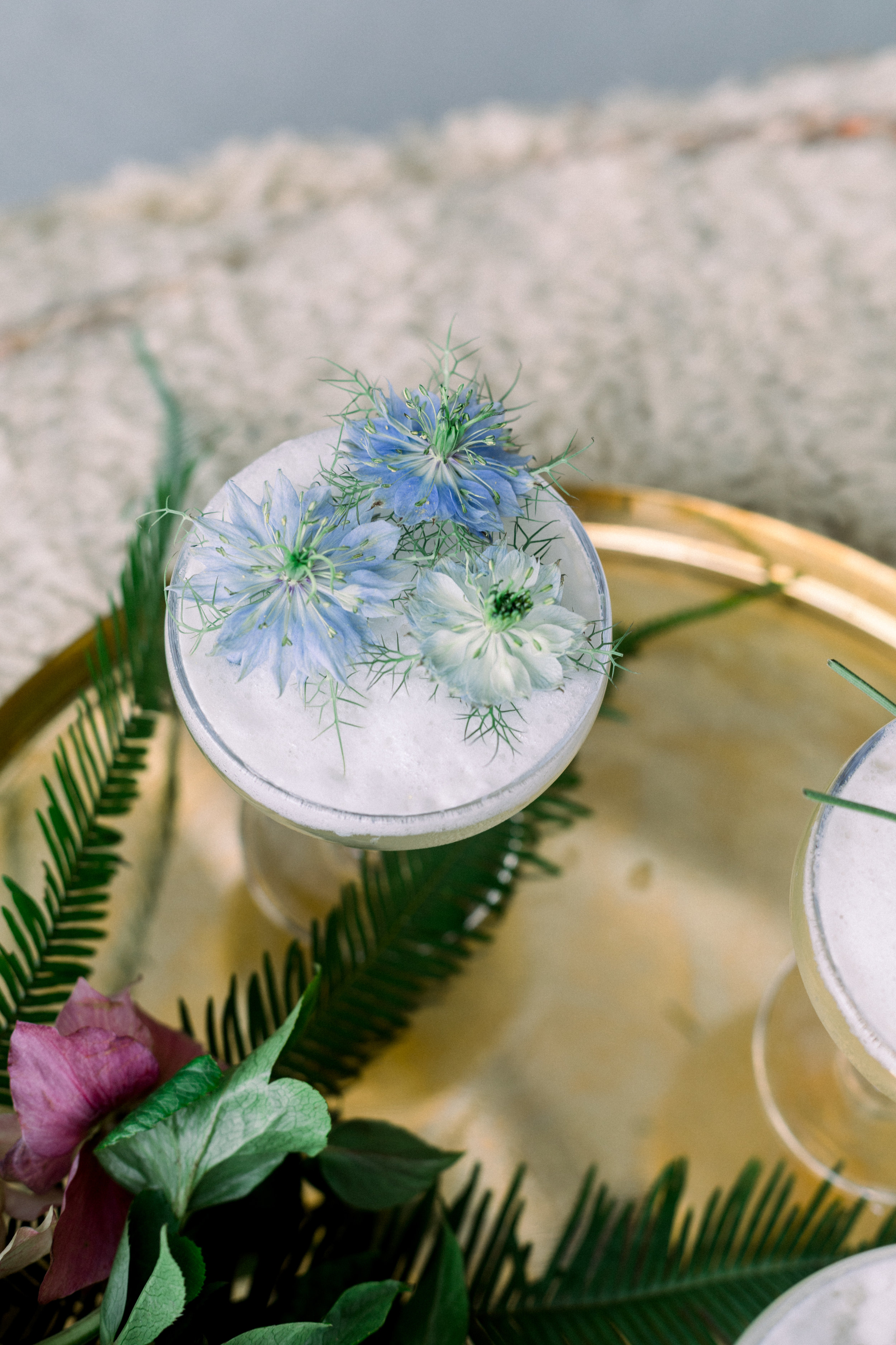 Crostinis + Cocktails - An Easy Summer Girls Night || A Fabulous Fete