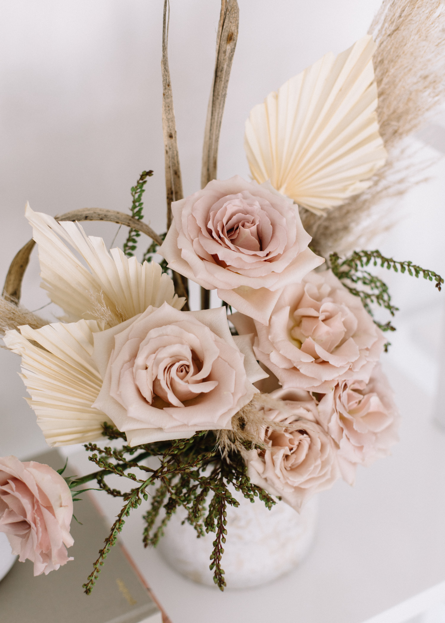 Summer Floral Arrangements || Mix Dried + Real - A Fabulous Fete.jpg