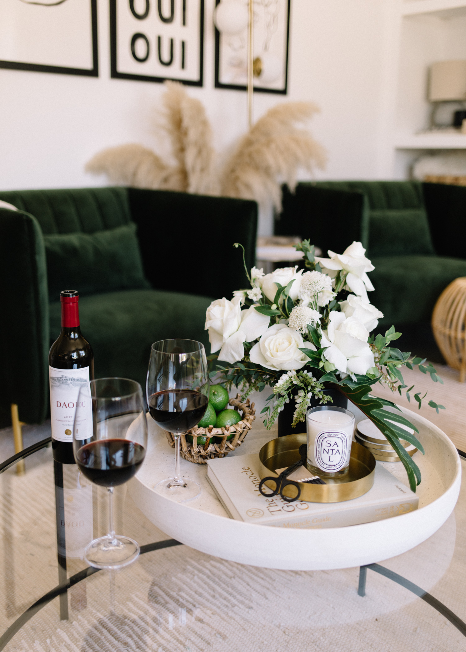 Classic Coffee Table Styling - A Fabulous Fete